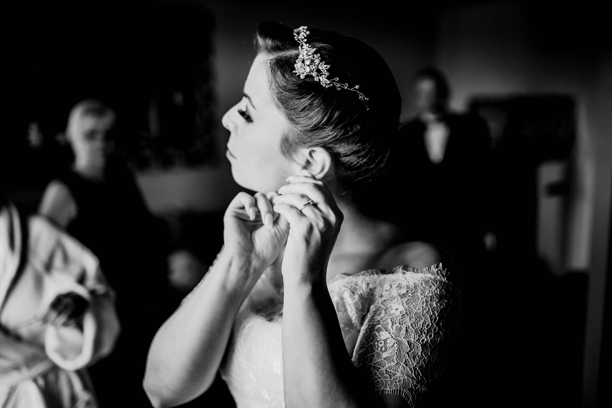 Hochzeitsfieber by Photo-Schomburg, Wedding, Hochzeitsfotograf, Hochzeitspaar, Braut, Bräutigam, Hochzeitstag, Hamburg, Landungsbrücken, Hafenliebe-50