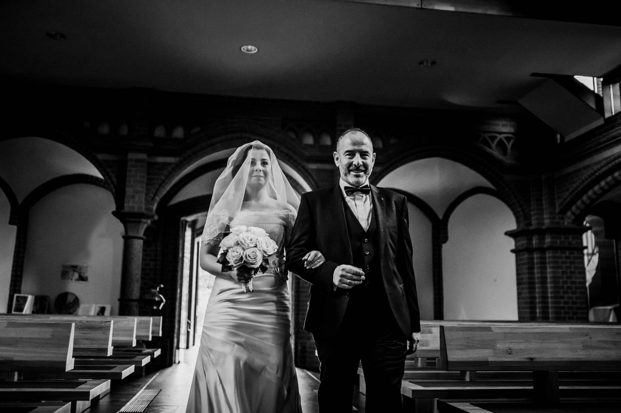 Hochzeitsfieber by Photo-Schomburg, Wedding, Hochzeitsfotograf, Hochzeitspaar, Braut, Bräutigam, Hochzeitstag, Hamburg, Landungsbrücken, Hafenliebe-57