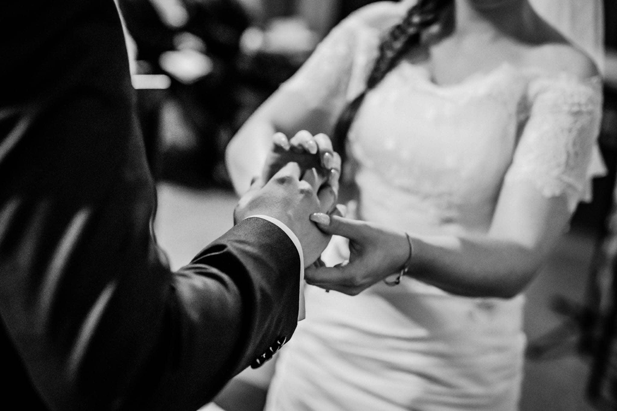 Hochzeitsfieber by Photo-Schomburg, Wedding, Hochzeitsfotograf, Hochzeitspaar, Braut, Bräutigam, Hochzeitstag, Hamburg, Landungsbrücken, Hafenliebe-64