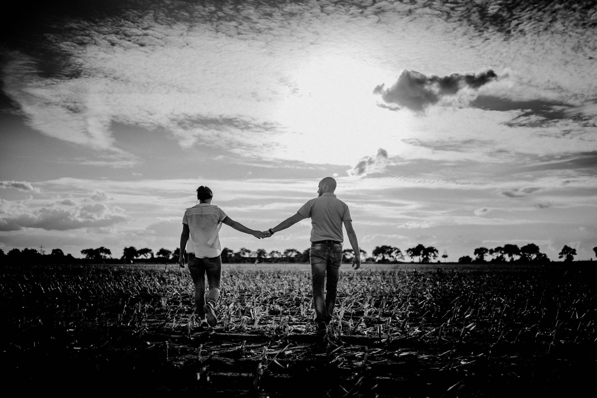 Engagementshoot Hochzeitsfieber by Photo-Schomburg, coupleshoot, paarshooting, zarrentin, wedding2018,wedding, hochzeitsfotograf, hamburg, braut, bräutigam, hochzeitstag-14