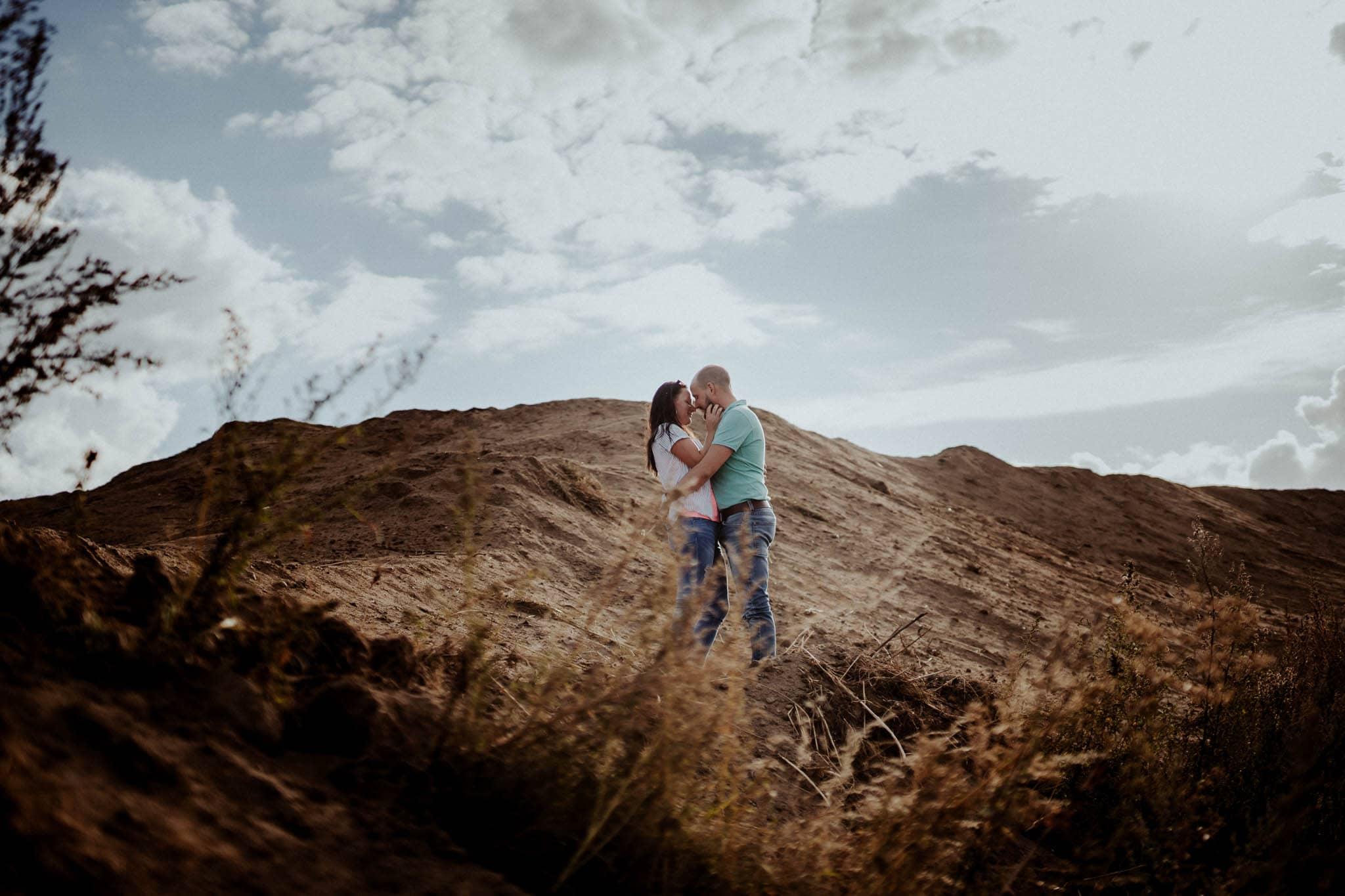 Engagementshoot Hochzeitsfieber by Photo-Schomburg, coupleshoot, paarshooting, zarrentin, wedding2018,wedding, hochzeitsfotograf, hamburg, braut, bräutigam, hochzeitstag-8