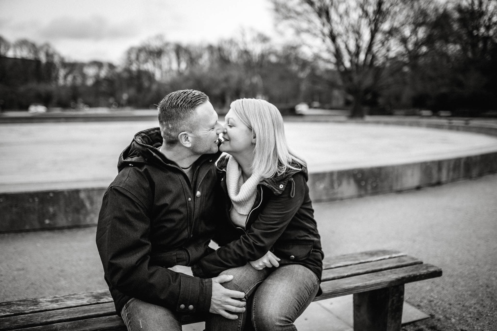 Engagementshooting, Hochzeitsfieber by Photo-Schomburg, Pärchenshoot, Hamburg, Elbe, Hamburger Hafen, Hochzeitsfotograf, Wedding, Coupleshoot, Hochzeitsfotografie-5-2