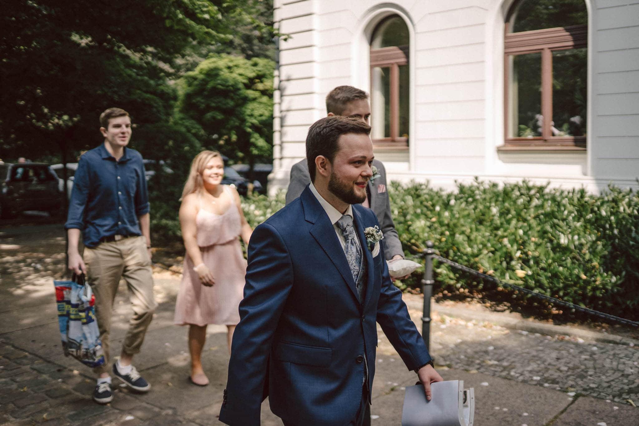 Hochzeitsfieber by Photo-Schomburg, Hochzeitsfotograf, Hamburg, Altona, wedding, Standesamt Altona, Appen, Hochzeitsshooting, Hochzeitstag, Brautpaar-32