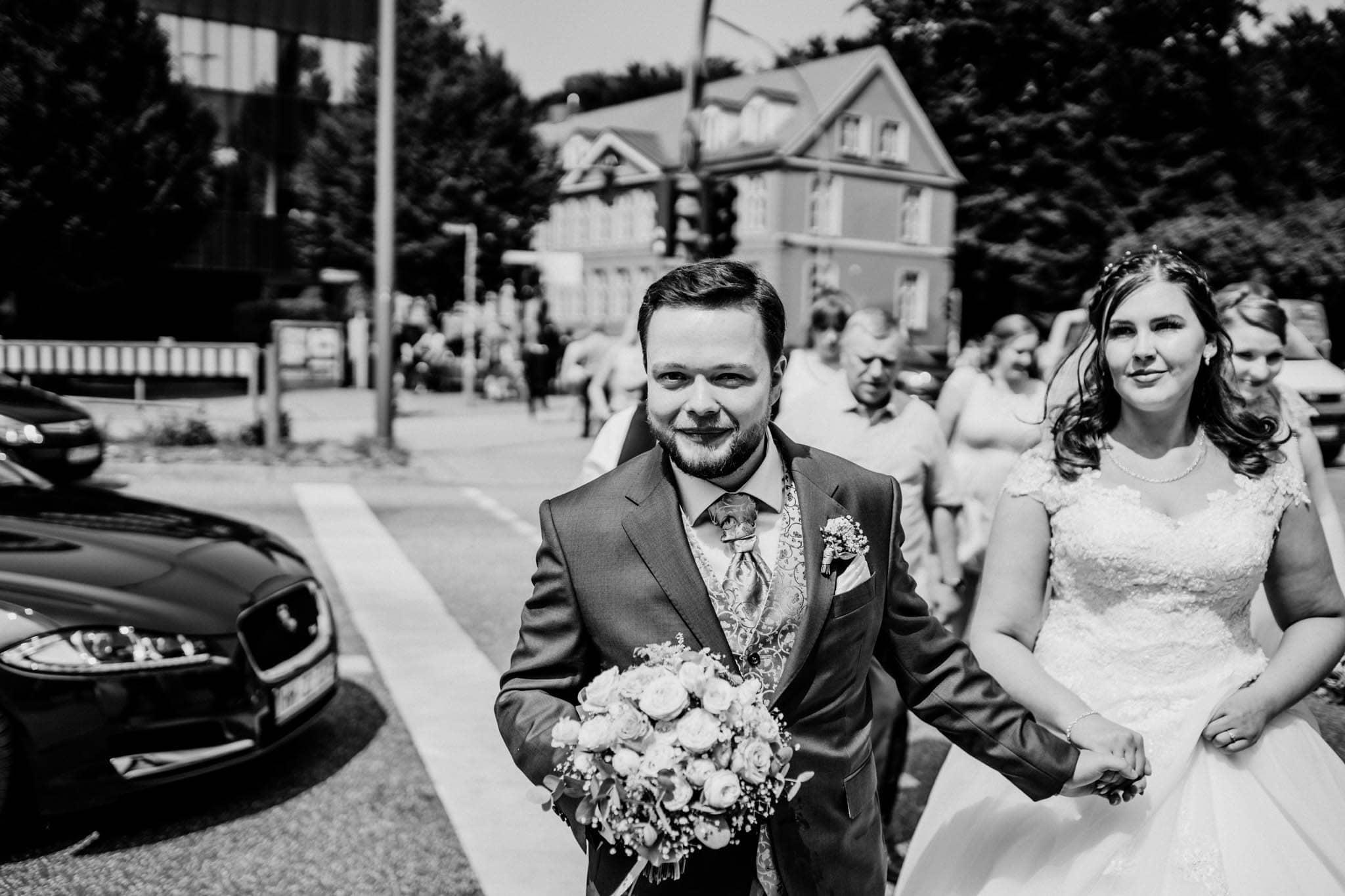 Hochzeitsfieber by Photo-Schomburg, Hochzeitsfotograf, Hamburg, Altona, wedding, Standesamt Altona, Appen, Hochzeitsshooting, Hochzeitstag, Brautpaar-57