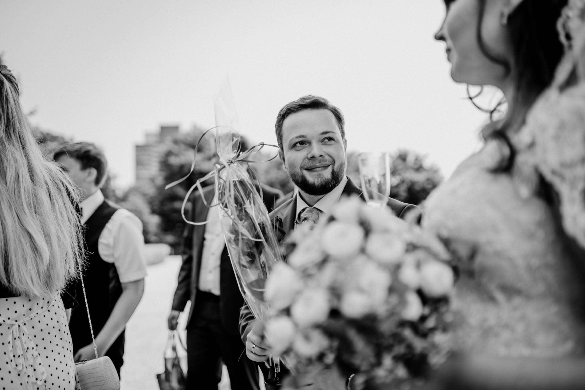 Hochzeitsfieber by Photo-Schomburg, Hochzeitsfotograf, Hamburg, Altona, wedding, Standesamt Altona, Appen, Hochzeitsshooting, Hochzeitstag, Brautpaar-66