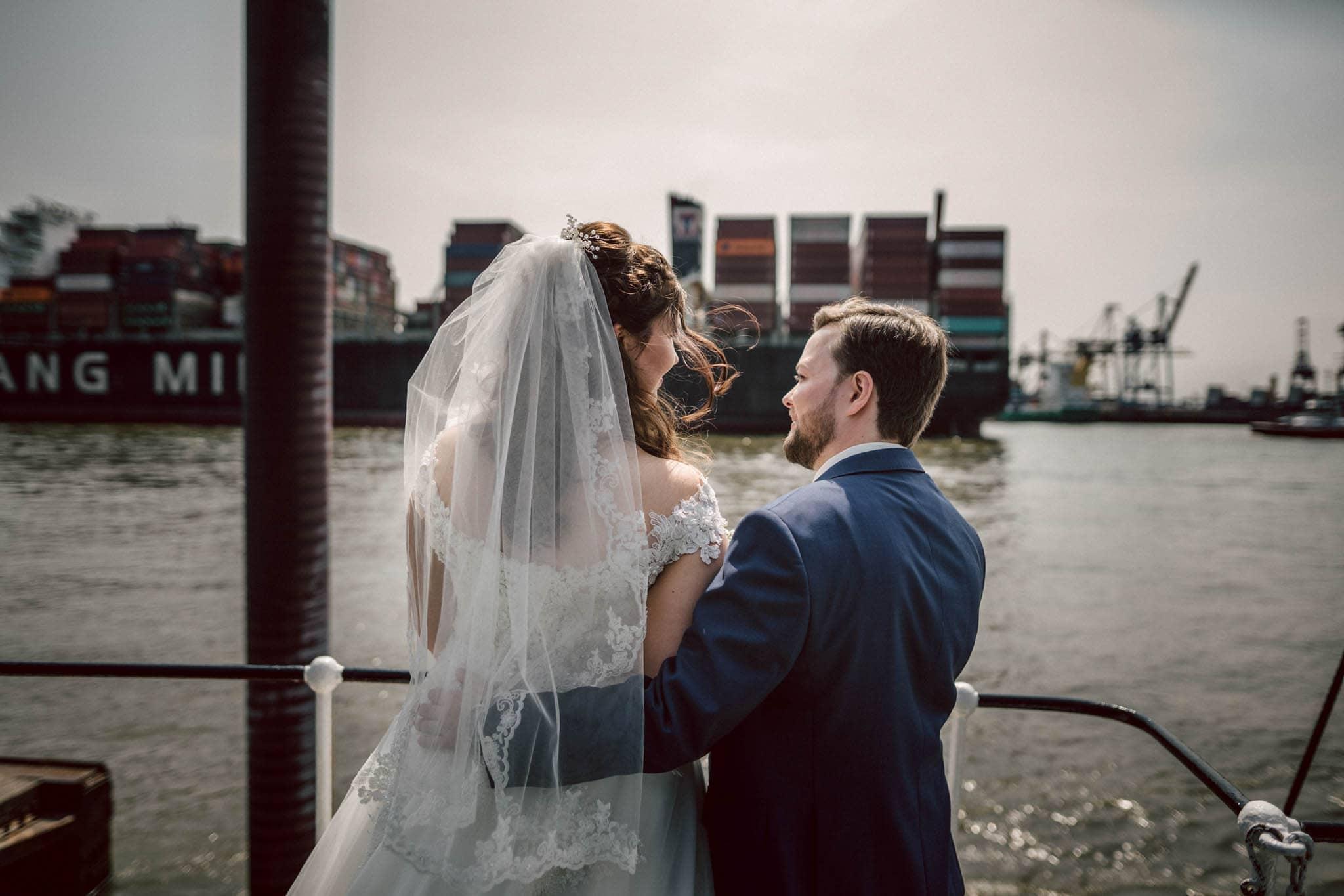 Hochzeitsfieber by Photo-Schomburg, Hochzeitsfotograf, Hamburg, Altona, wedding, Standesamt Altona, Appen, Hochzeitsshooting, Hochzeitstag, Brautpaar-74