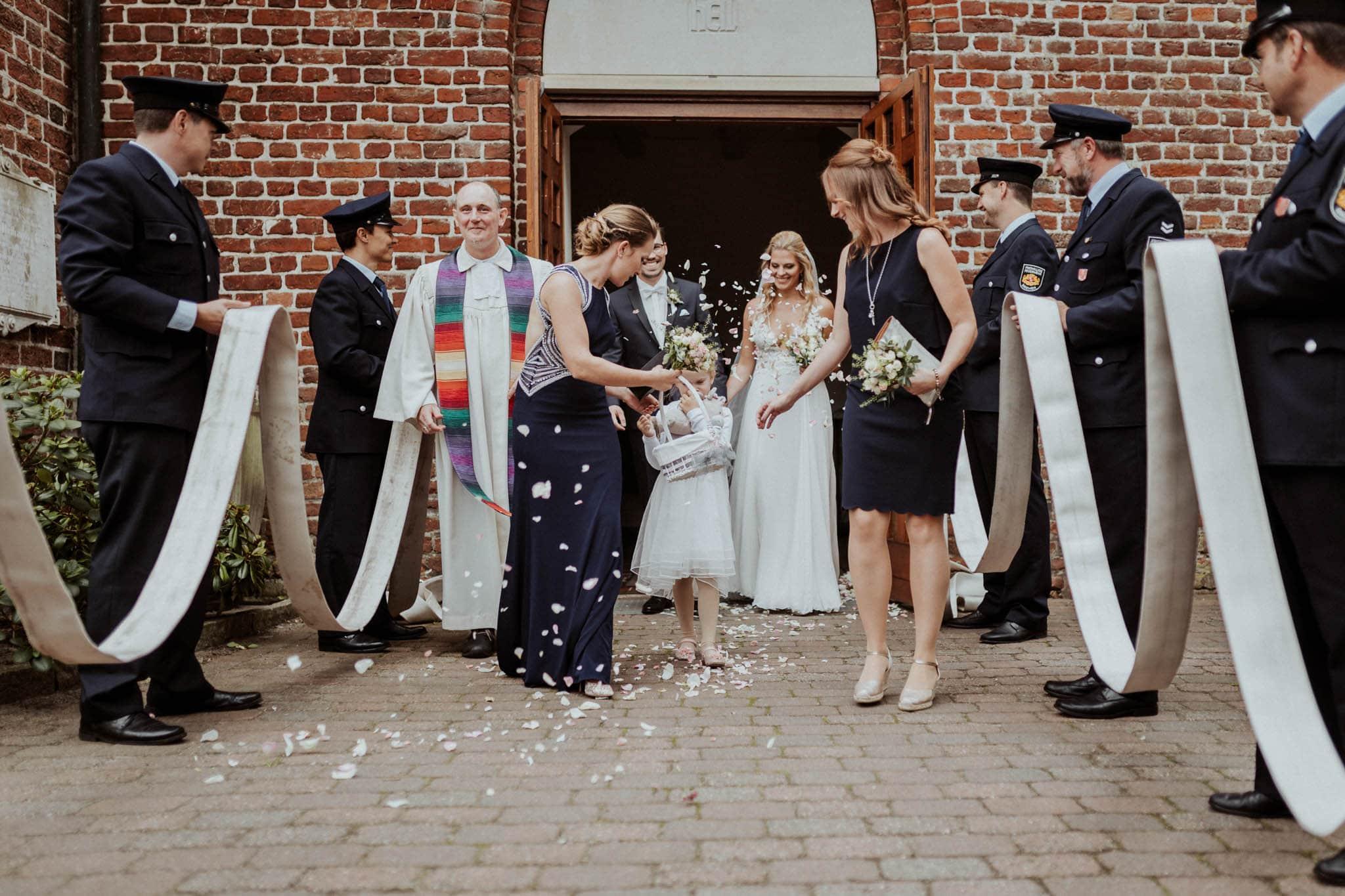 Hochzeitsfieber by Photo-Schomburg, Hochzeitsfotograf, Hamburg, Bremen, Hochzeitstag, Hochzeitspaar, Braut, Bräutigam, Bremen-Kränholm,Knoops Park-102