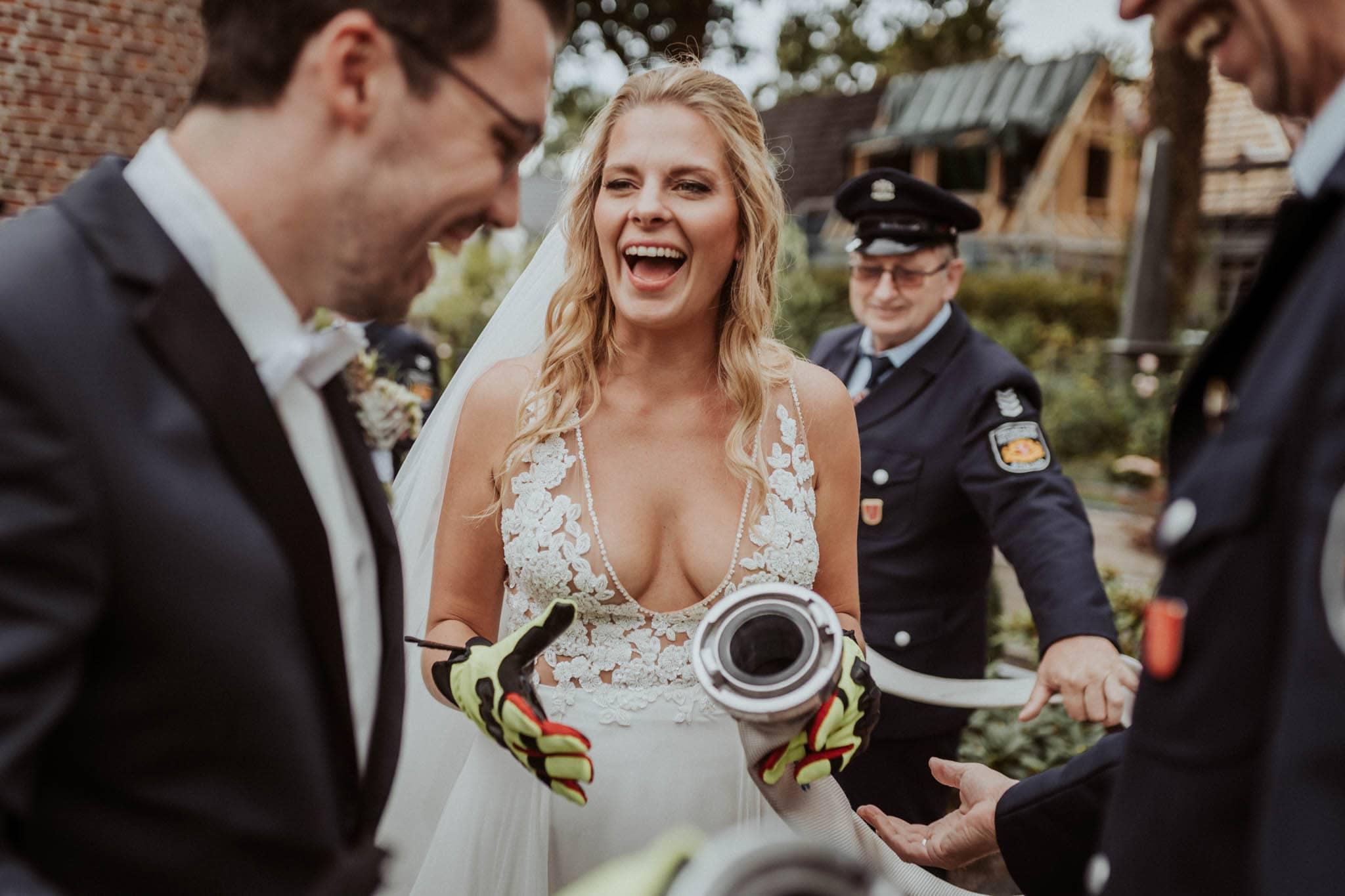 Hochzeitsfieber by Photo-Schomburg, Hochzeitsfotograf, Hamburg, Bremen, Hochzeitstag, Hochzeitspaar, Braut, Bräutigam, Bremen-Kränholm,Knoops Park-106
