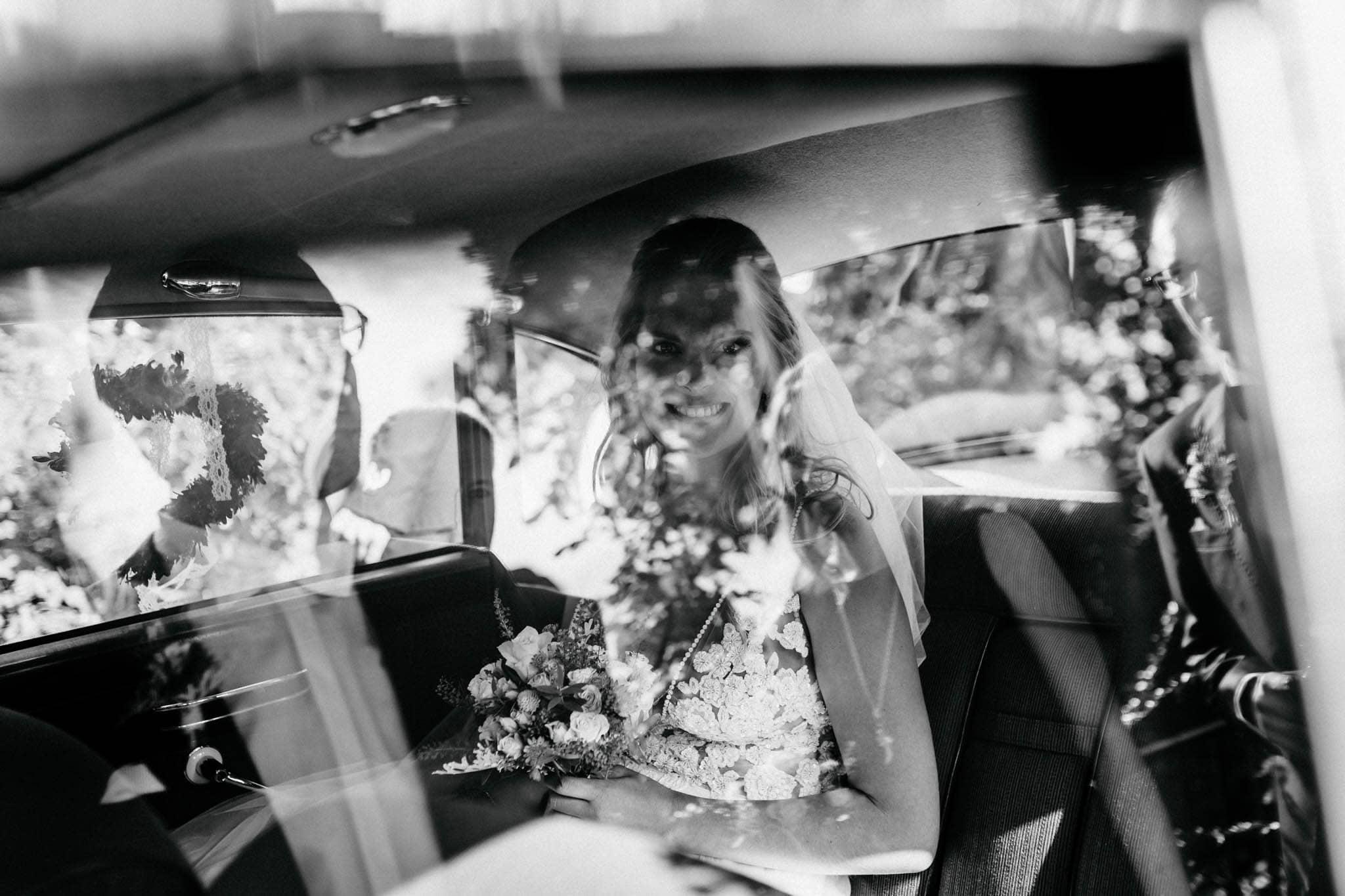 Hochzeitsfieber by Photo-Schomburg, Hochzeitsfotograf, Hamburg, Bremen, Hochzeitstag, Hochzeitspaar, Braut, Bräutigam, Bremen-Kränholm,Knoops Park-122