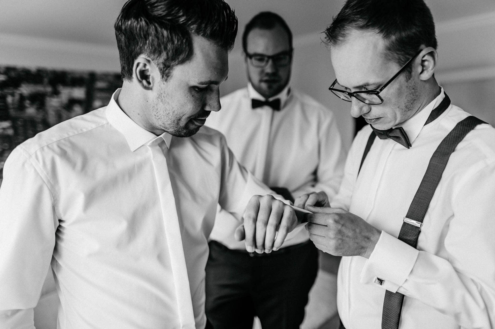 Hochzeitsfieber by Photo-Schomburg, Hochzeitsfotograf, Hamburg, Bremen, Hochzeitstag, Hochzeitspaar, Braut, Bräutigam, Bremen-Kränholm,Knoops Park-13