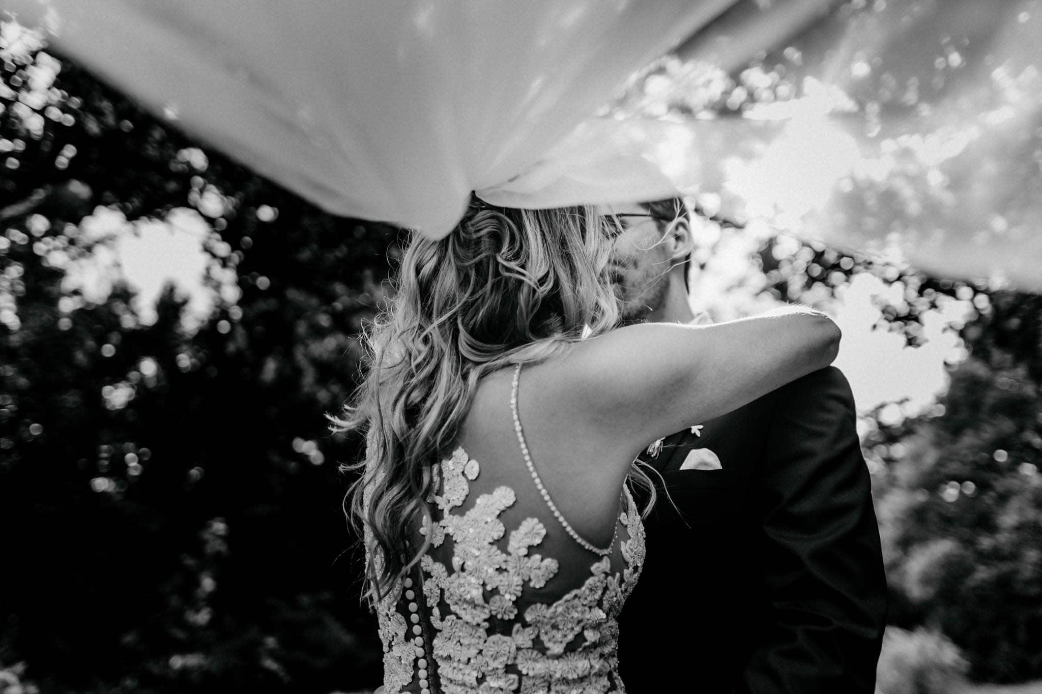 Hochzeitsfieber by Photo-Schomburg, Hochzeitsfotograf, Hamburg, Bremen, Hochzeitstag, Hochzeitspaar, Braut, Bräutigam, Bremen-Kränholm,Knoops Park-160