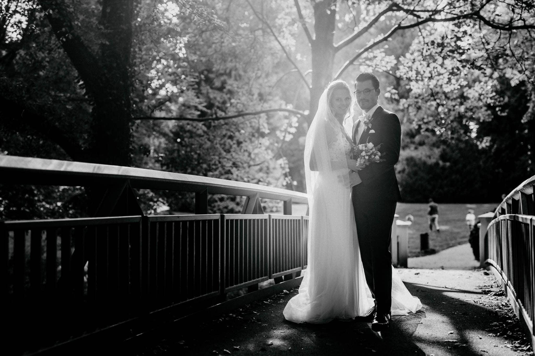 Hochzeitsfieber by Photo-Schomburg, Hochzeitsfotograf, Hamburg, Bremen, Hochzeitstag, Hochzeitspaar, Braut, Bräutigam, Bremen-Kränholm,Knoops Park-165