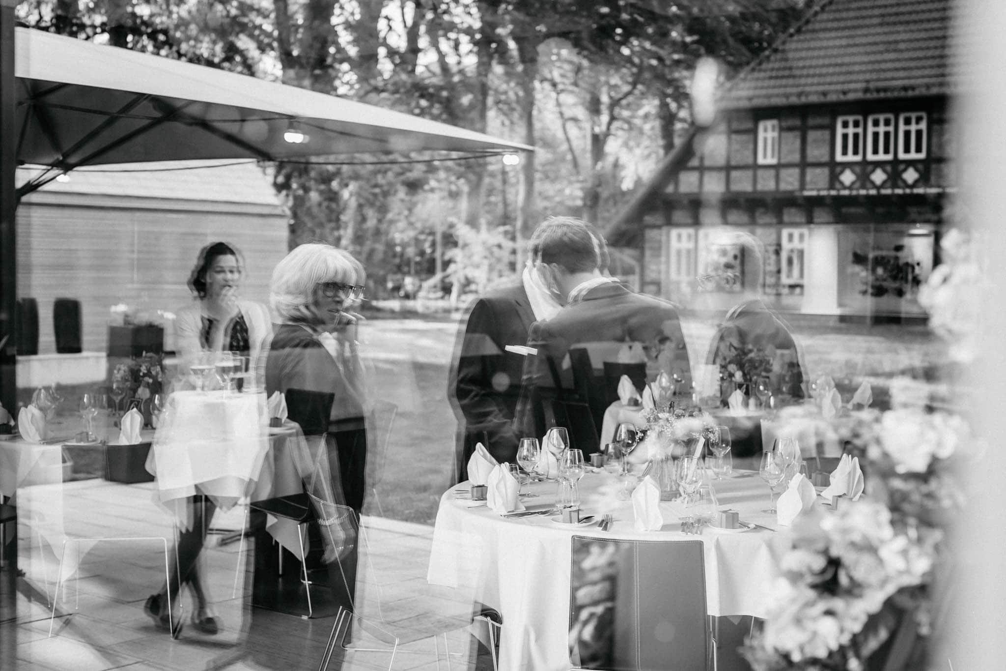 Hochzeitsfieber by Photo-Schomburg, Hochzeitsfotograf, Hamburg, Bremen, Hochzeitstag, Hochzeitspaar, Braut, Bräutigam, Bremen-Kränholm,Knoops Park-167