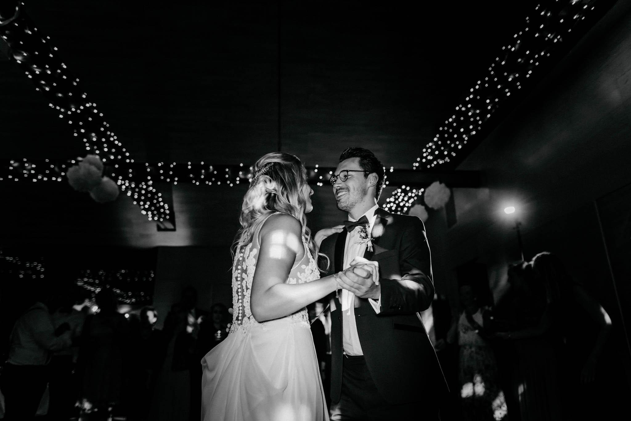 Hochzeitsfieber by Photo-Schomburg, Hochzeitsfotograf, Hamburg, Bremen, Hochzeitstag, Hochzeitspaar, Braut, Bräutigam, Bremen-Kränholm,Knoops Park-197