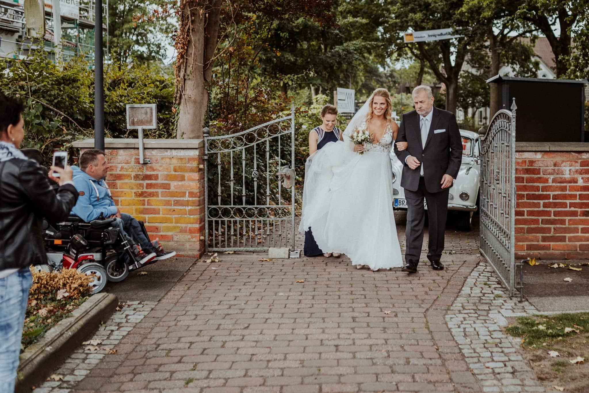 Hochzeitsfieber by Photo-Schomburg, Hochzeitsfotograf, Hamburg, Bremen, Hochzeitstag, Hochzeitspaar, Braut, Bräutigam, Bremen-Kränholm,Knoops Park-77
