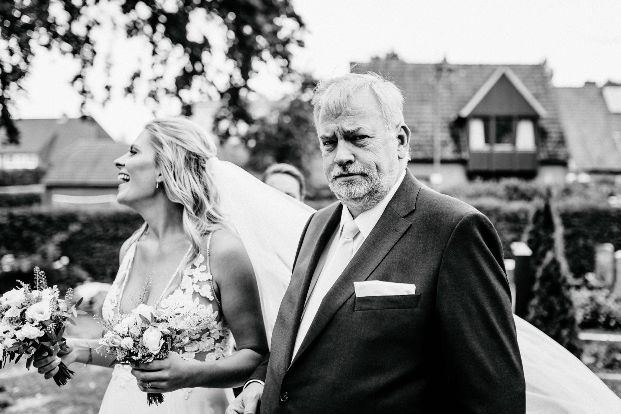 Hochzeitsfieber by Photo-Schomburg, Hochzeitsfotograf, Hamburg, Bremen, Hochzeitstag, Hochzeitspaar, Braut, Bräutigam, Bremen-Kränholm,Knoops Park-81