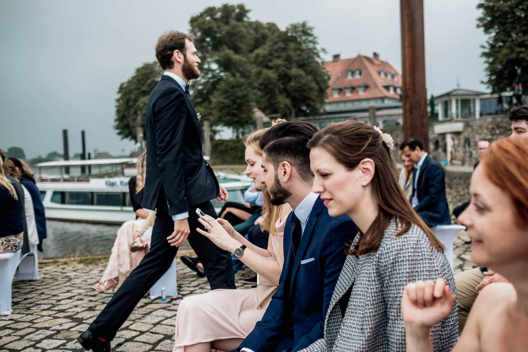 Hochzeitsfieber by Photo-Schomburg, Hochzeitsfotograf, Hamburg, Hochzeitsbilder, Braut, Brautpaar, Bräutigam, Zollenspieker Fährhaus-39
