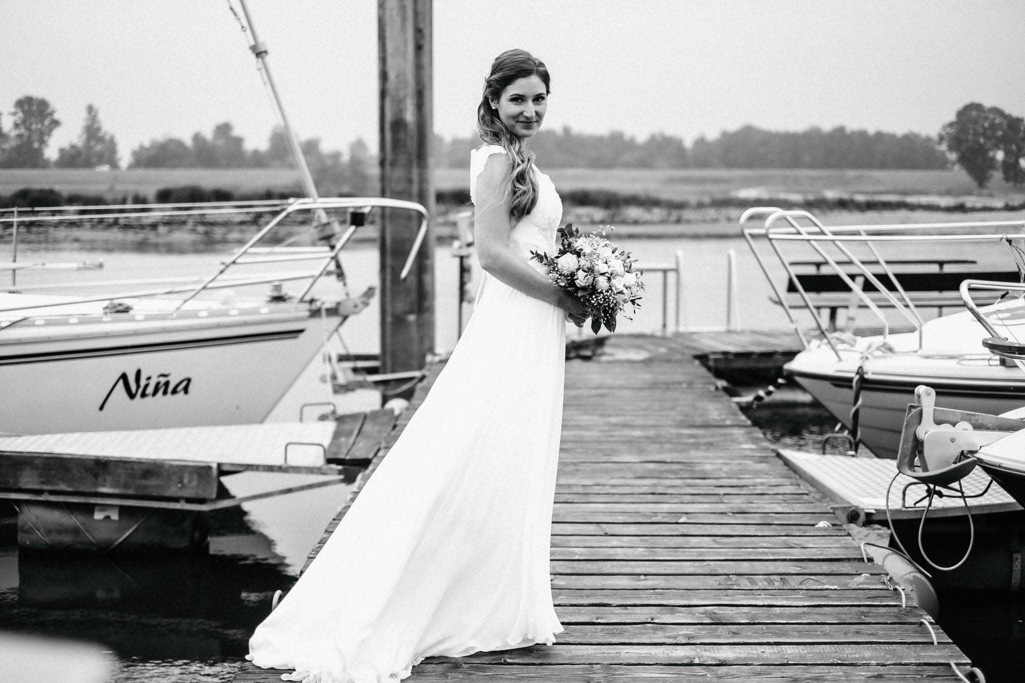 Hochzeitsfieber by Photo-Schomburg, Hochzeitsfotograf, Hamburg, Hochzeitsbilder, Braut, Brautpaar, Bräutigam, Zollenspieker Fährhaus-75