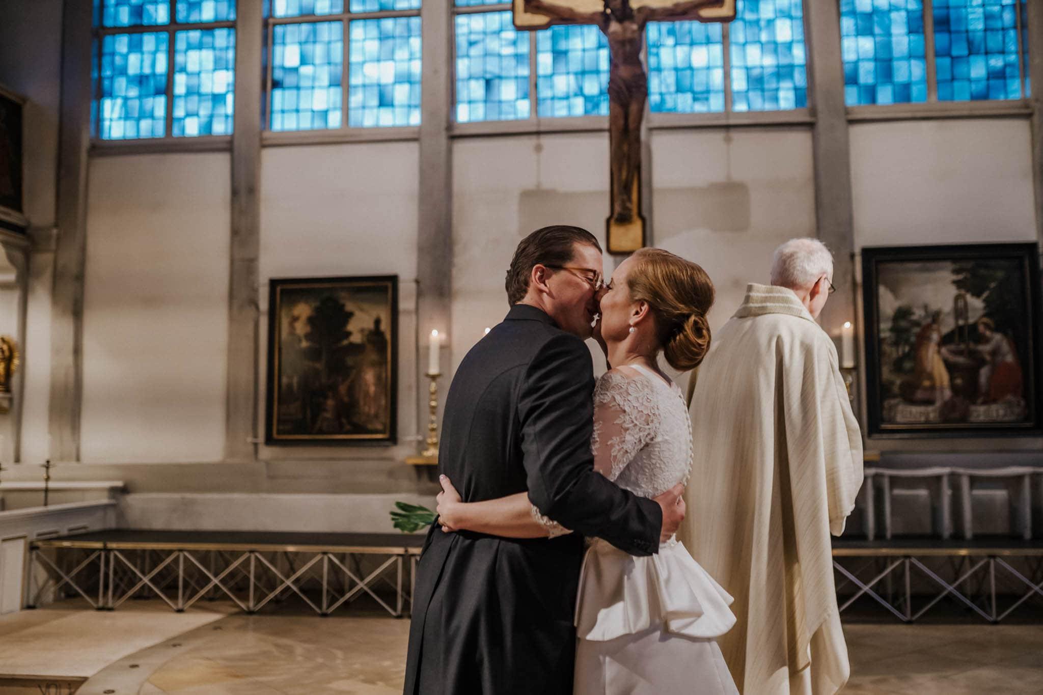 Hochzeitsfieber by Photo-Schomburg, Hochzeitsfotograf, Hamburg,Hochzeitstag, Hochzeitspaar, Braut, Bräutigam, Literaturhauscafe Hamburg-35