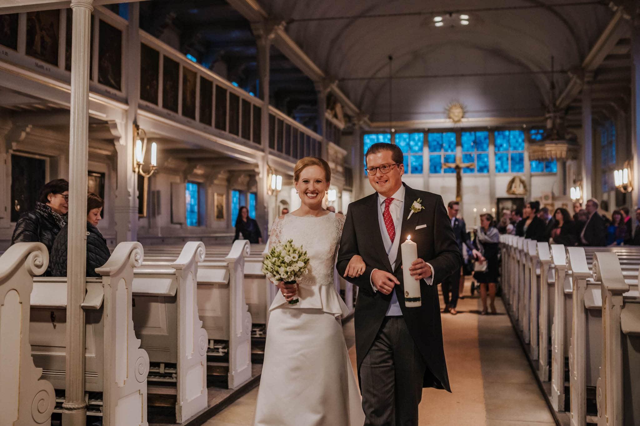 Hochzeitsfieber by Photo-Schomburg, Hochzeitsfotograf, Hamburg,Hochzeitstag, Hochzeitspaar, Braut, Bräutigam, Literaturhauscafe Hamburg-38