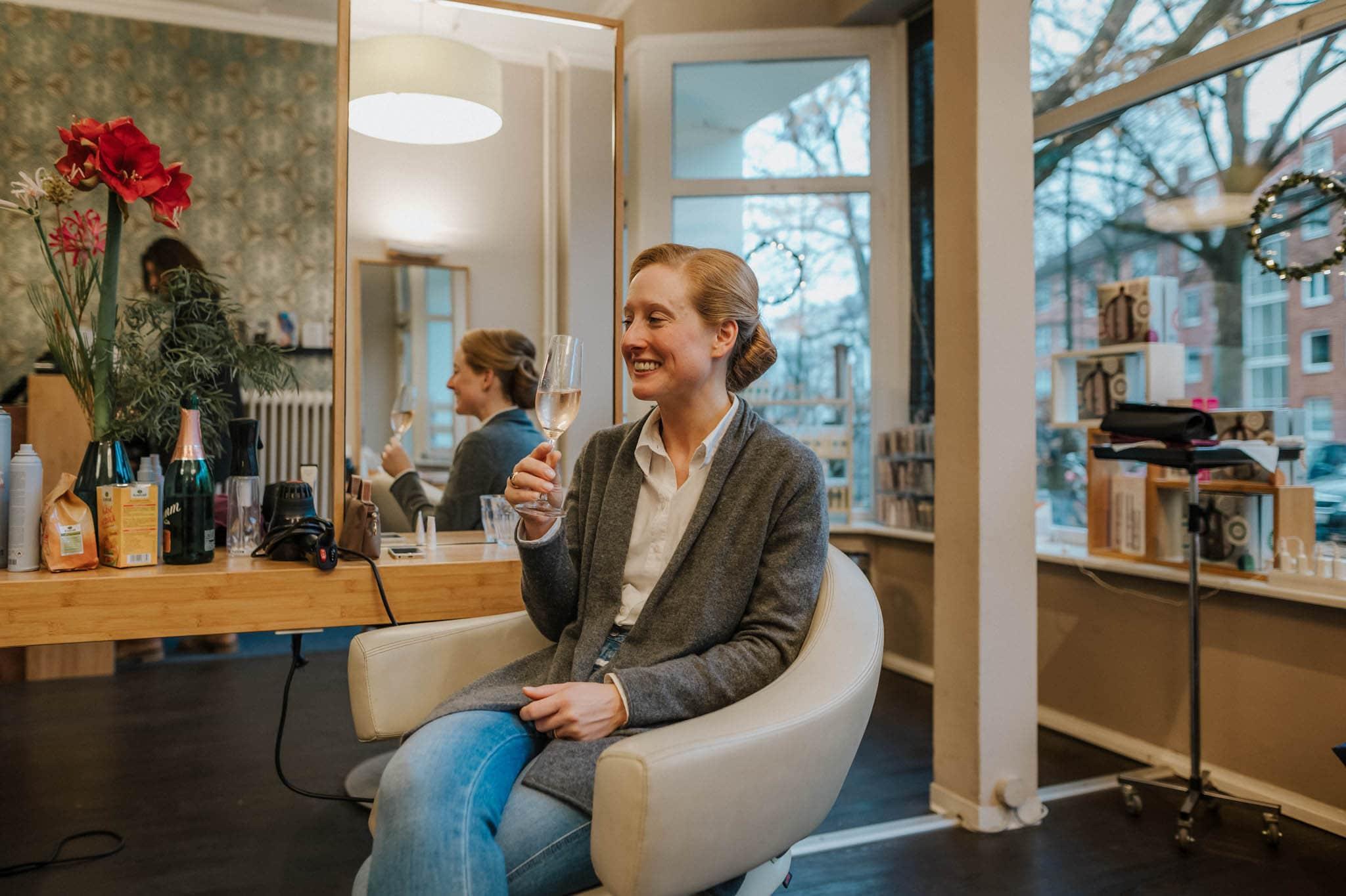 Hochzeitsfieber by Photo-Schomburg, Hochzeitsfotograf, Hamburg,Hochzeitstag, Hochzeitspaar, Braut, Bräutigam, Literaturhauscafe Hamburg-5