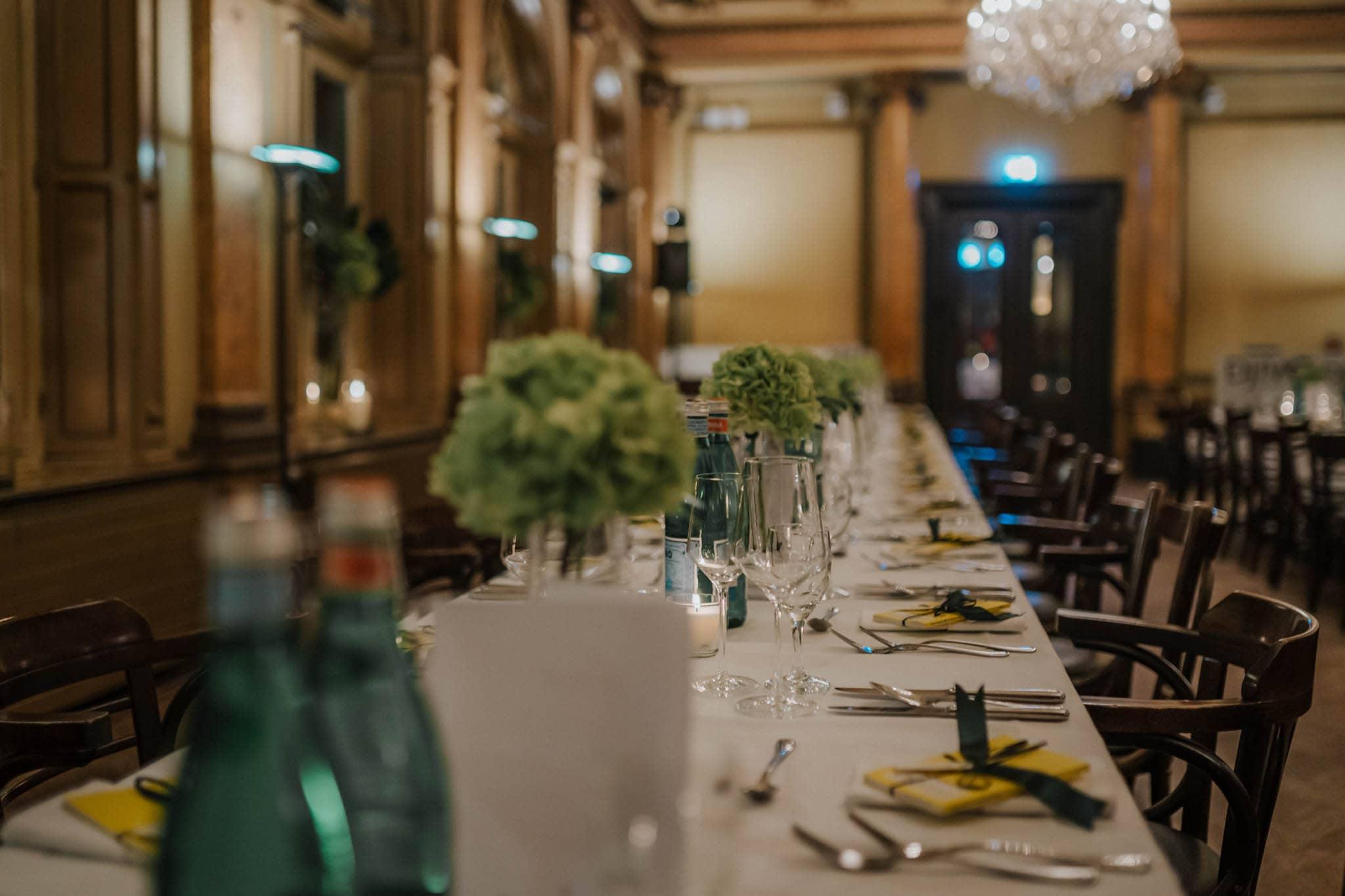Hochzeitsfieber by Photo-Schomburg, Hochzeitsfotograf, Hamburg,Hochzeitstag, Hochzeitspaar, Braut, Bräutigam, Literaturhauscafe Hamburg-55