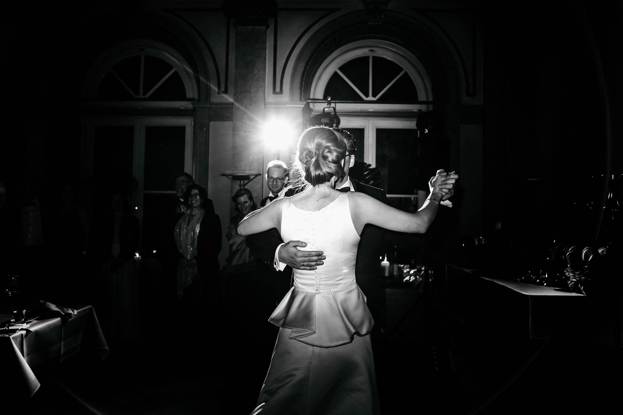 Hochzeitsfieber by Photo-Schomburg, Hochzeitsfotograf, Hamburg,Hochzeitstag, Hochzeitspaar, Braut, Bräutigam, Literaturhauscafe Hamburg-68