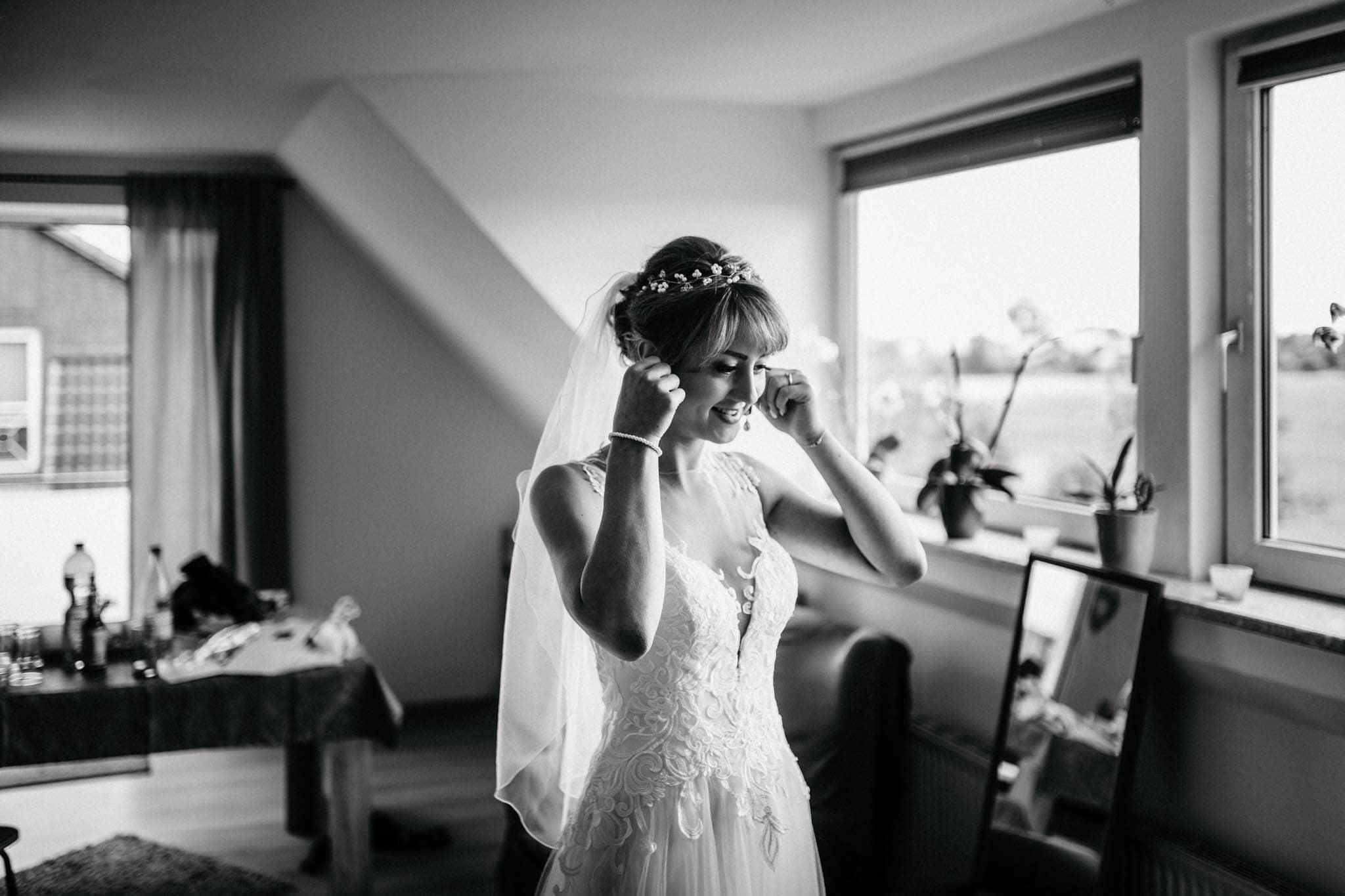 Hochzeitsfieber by Photo-Schomburg, Hoichzeitsfotograf, Hamburg, Wedding, Weddingtime, Hochzeitspaar, Braut, Bräutigam, Hochzeit im Norden,-33