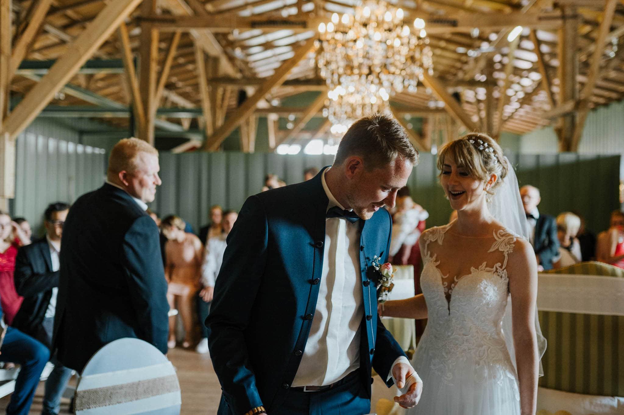 Hochzeitsfieber by Photo-Schomburg, Hoichzeitsfotograf, Hamburg, Wedding, Weddingtime, Hochzeitspaar, Braut, Bräutigam, Hochzeit im Norden,-44