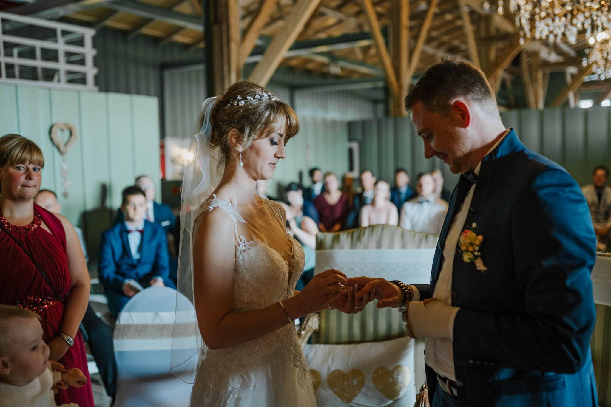 Hochzeitsfieber by Photo-Schomburg, Hoichzeitsfotograf, Hamburg, Wedding, Weddingtime, Hochzeitspaar, Braut, Bräutigam, Hochzeit im Norden,-59