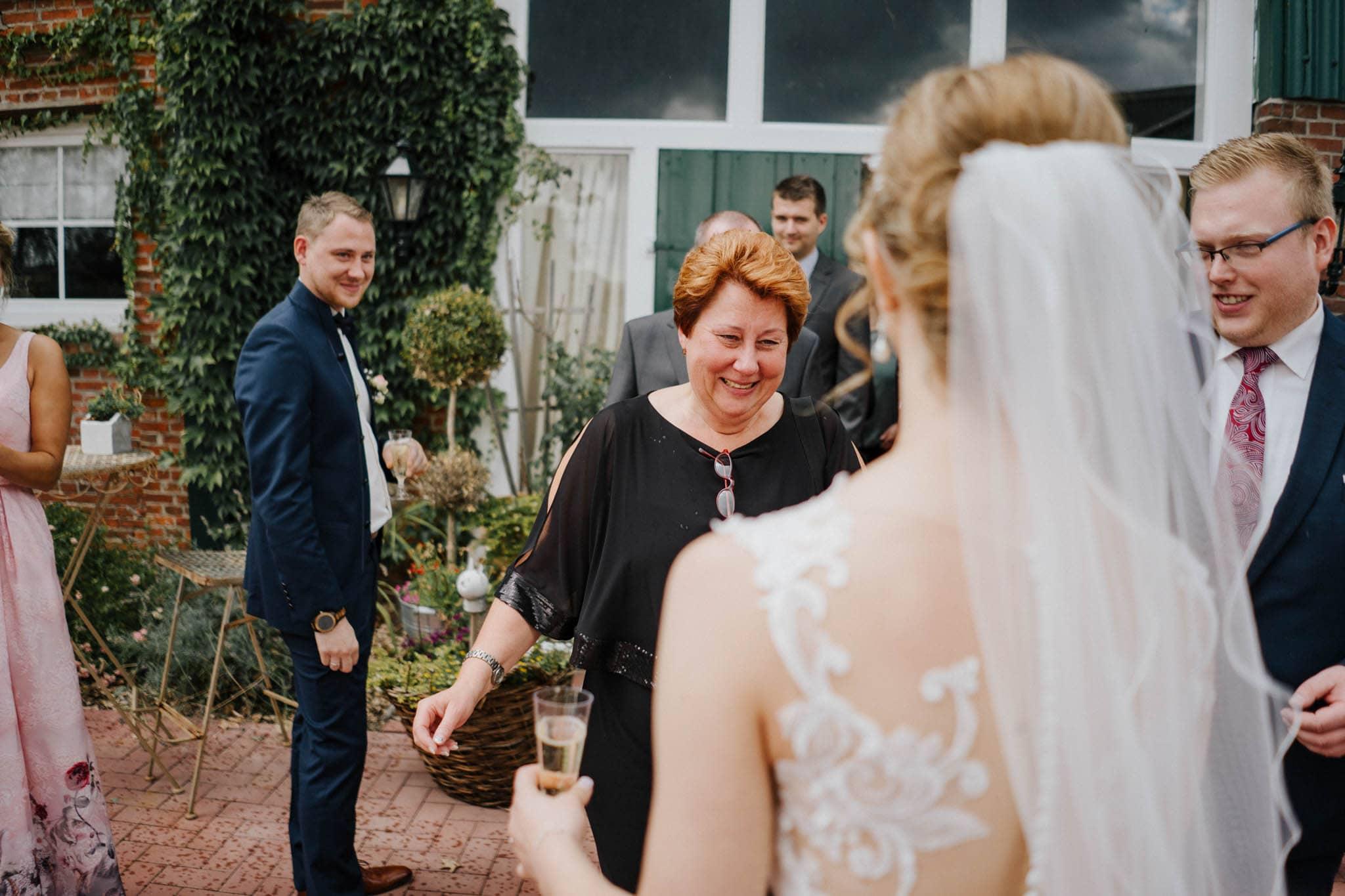 Hochzeitsfieber by Photo-Schomburg, Hoichzeitsfotograf, Hamburg, Wedding, Weddingtime, Hochzeitspaar, Braut, Bräutigam, Hochzeit im Norden,-68