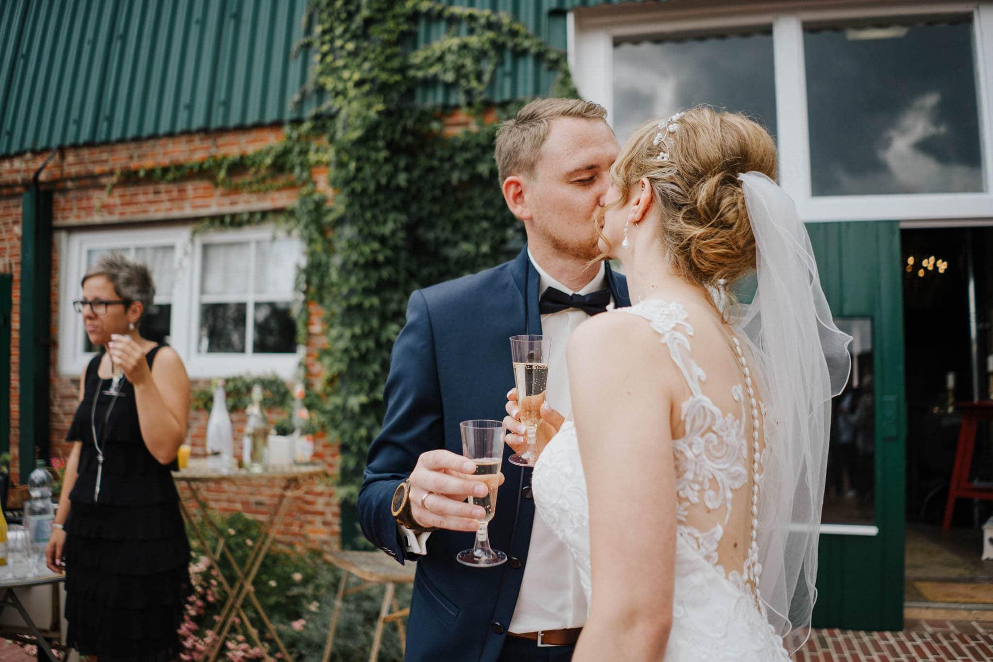 Hochzeitsfieber by Photo-Schomburg, Hoichzeitsfotograf, Hamburg, Wedding, Weddingtime, Hochzeitspaar, Braut, Bräutigam, Hochzeit im Norden,-76