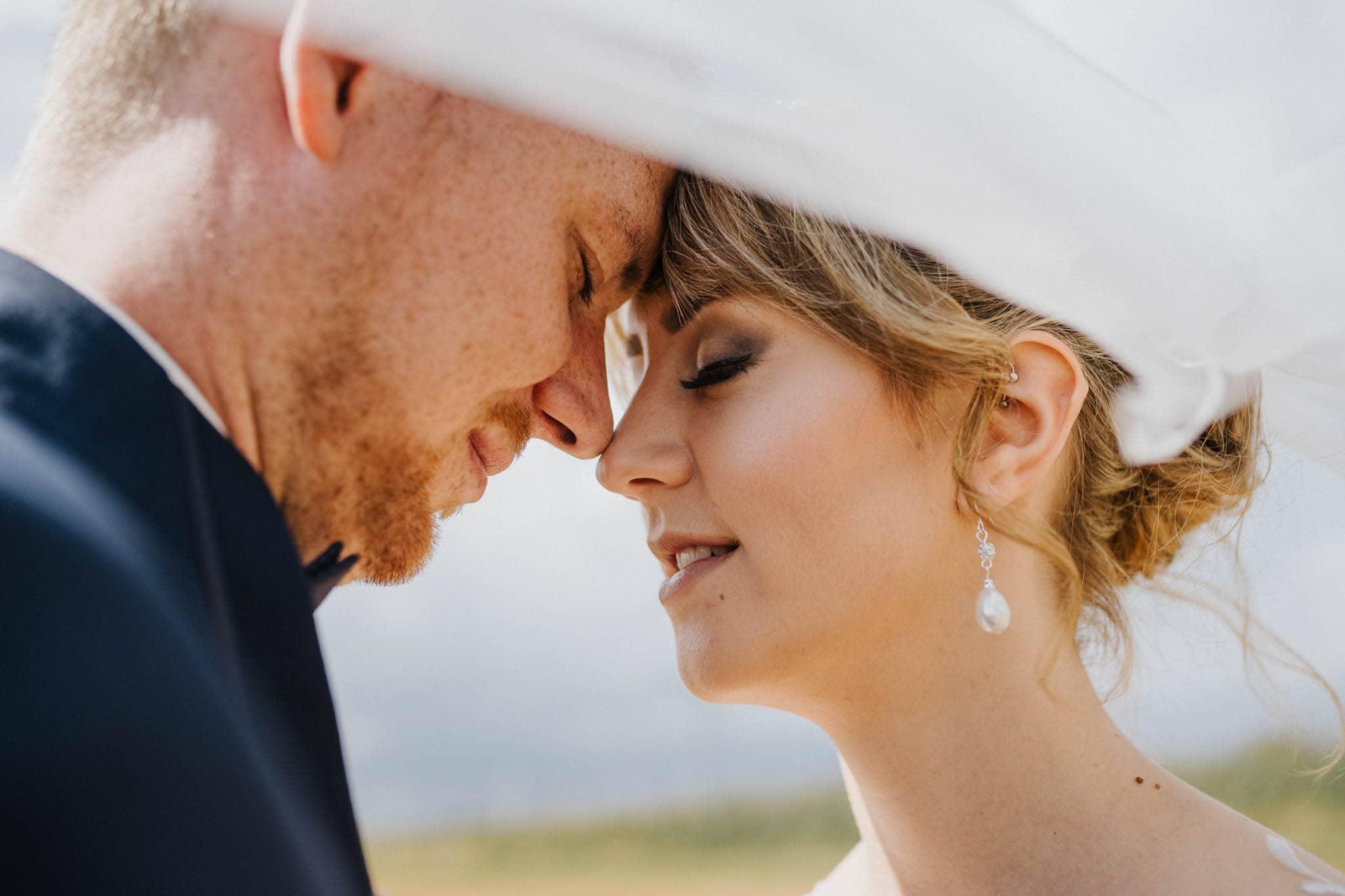 Hochzeitsfieber by Photo-Schomburg, Hoichzeitsfotograf, Hamburg, Wedding, Weddingtime, Hochzeitspaar, Braut, Bräutigam, Hochzeit im Norden,-81