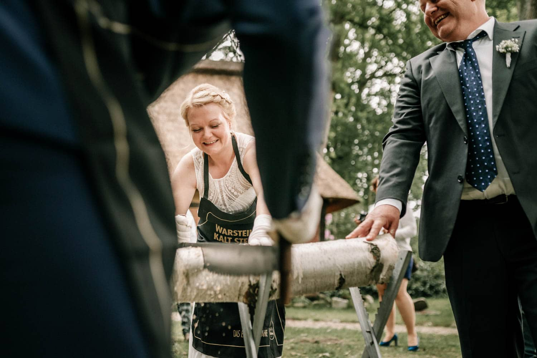 Hochzeitsfieber by Photo-Schomburg, Hochzeitsfotograf, Hamburg,Hochzeitstag, Hochzeitspaar, Braut, Bräutigam, Landhaus Haverbeckhof-11