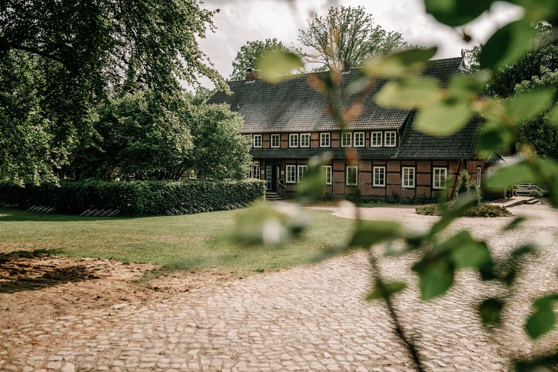Hochzeitsfieber by Photo-Schomburg, Hochzeitsfotograf, Hamburg,Hochzeitstag, Hochzeitspaar, Braut, Bräutigam, Landhaus Haverbeckhof-23