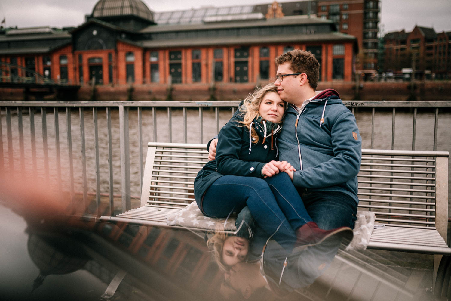 Engagementshooting, Hochzeitsfieber by Photo-Schomburg, Pärchenshoot, Hamburg, Elbe, Hamburger Hafen, Hochzeitsfotograf, Wedding, Coupleshoot-20