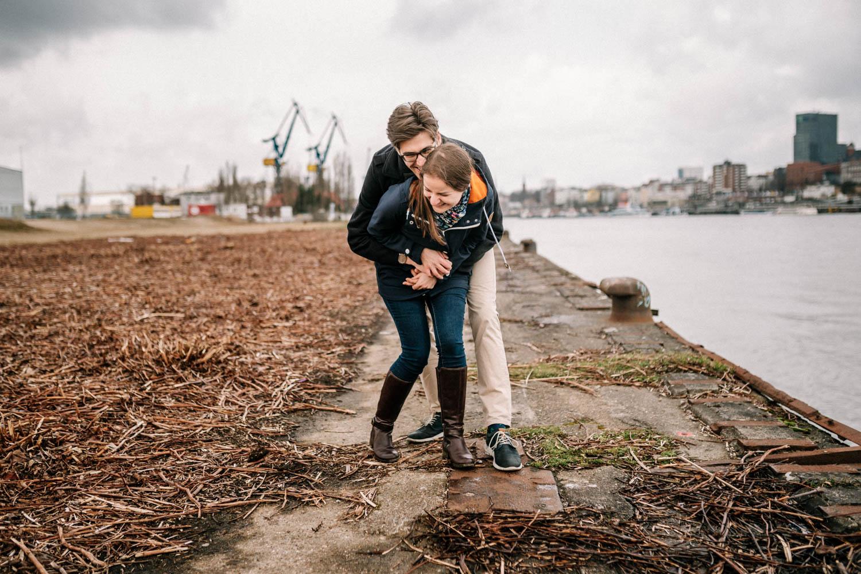 Hochzeitsfieber by Photo-Schomburg, Engagementshooting, Coupleshoot, Pärchenshoot, Hamburger Hafen,_-5