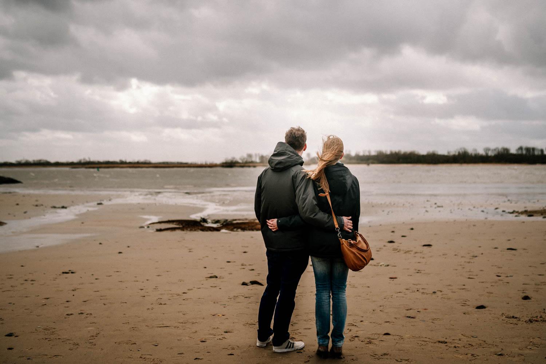 Hochzeitsfieber by Photo-Schomburg, Engagementshooting, Coupleshoot, Pärchenshoot, Elbstrom, Wedel, Hamburg-1