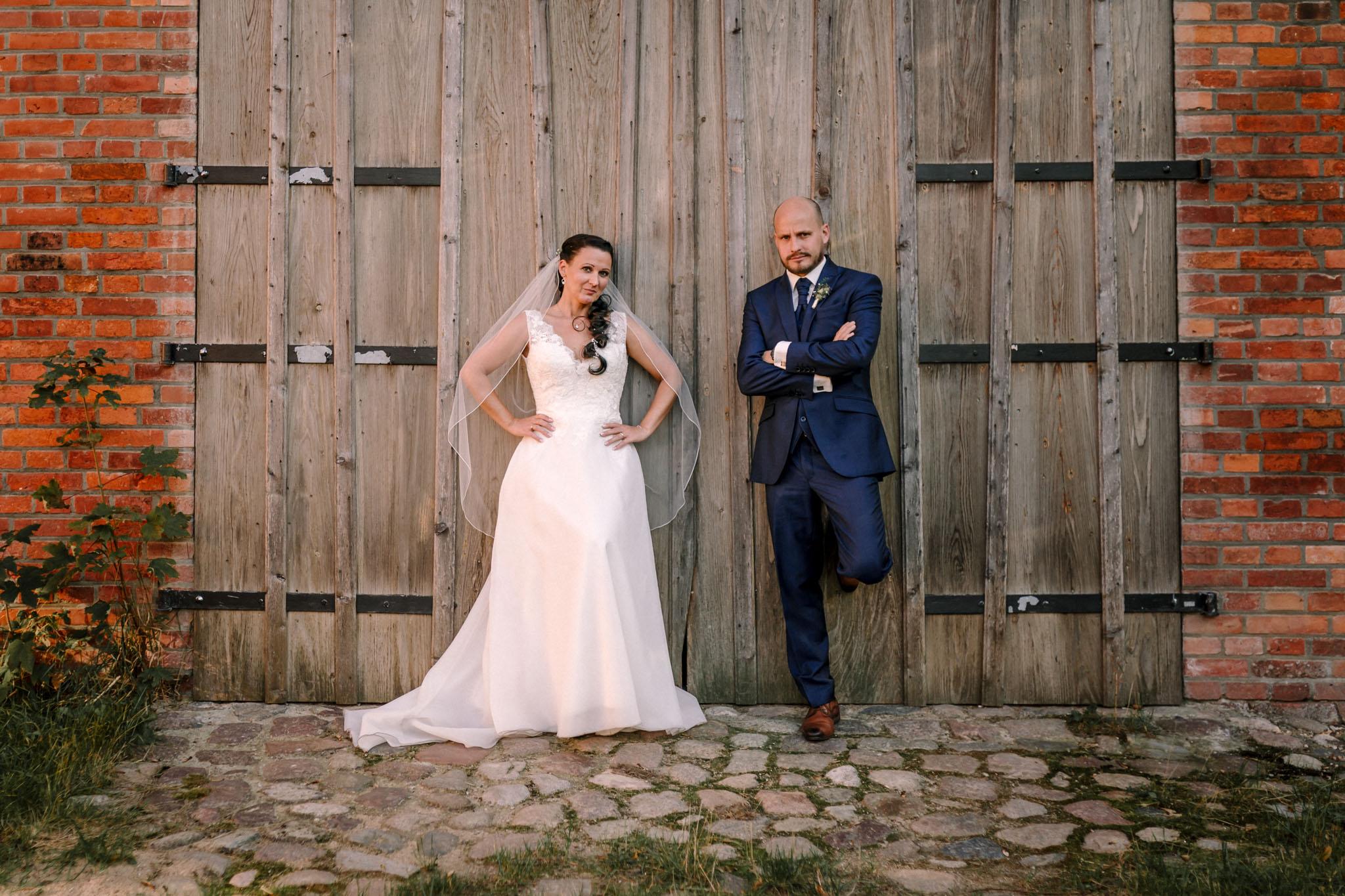Hochzeitsfieber by Photo-Schomburg, Hochzeitsfotograf, Hamburg,Hochzeitstag, Hochzeitspaar, Braut, Bräutigam, Literaturhauscafe Zarrentin-100