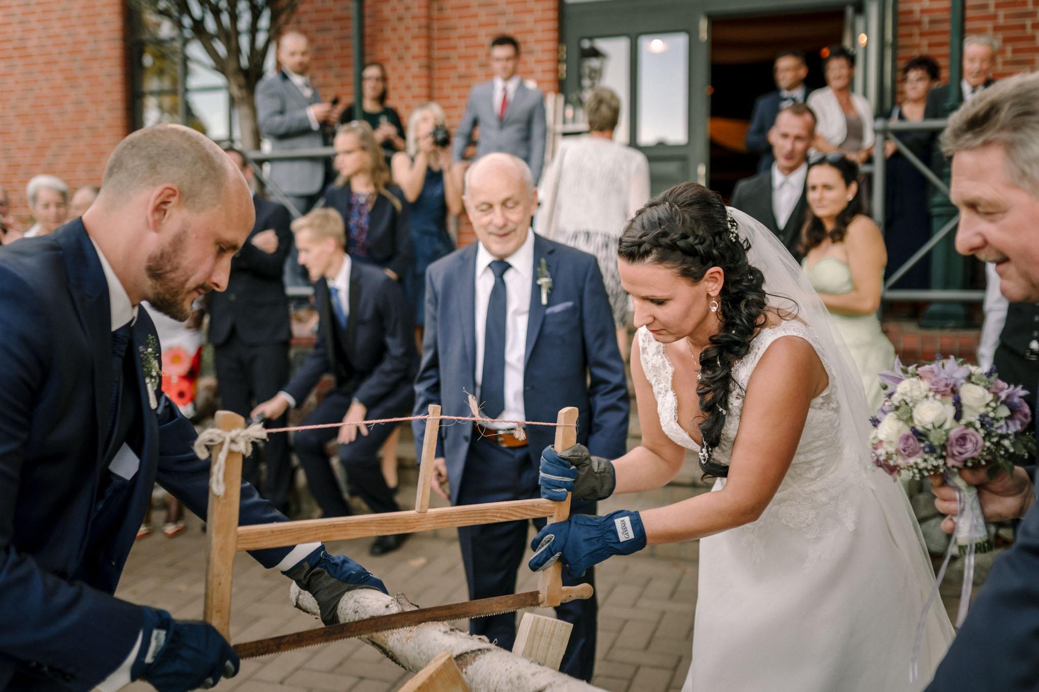 Hochzeitsfieber by Photo-Schomburg, Hochzeitsfotograf, Hamburg,Hochzeitstag, Hochzeitspaar, Braut, Bräutigam, Literaturhauscafe Zarrentin-103