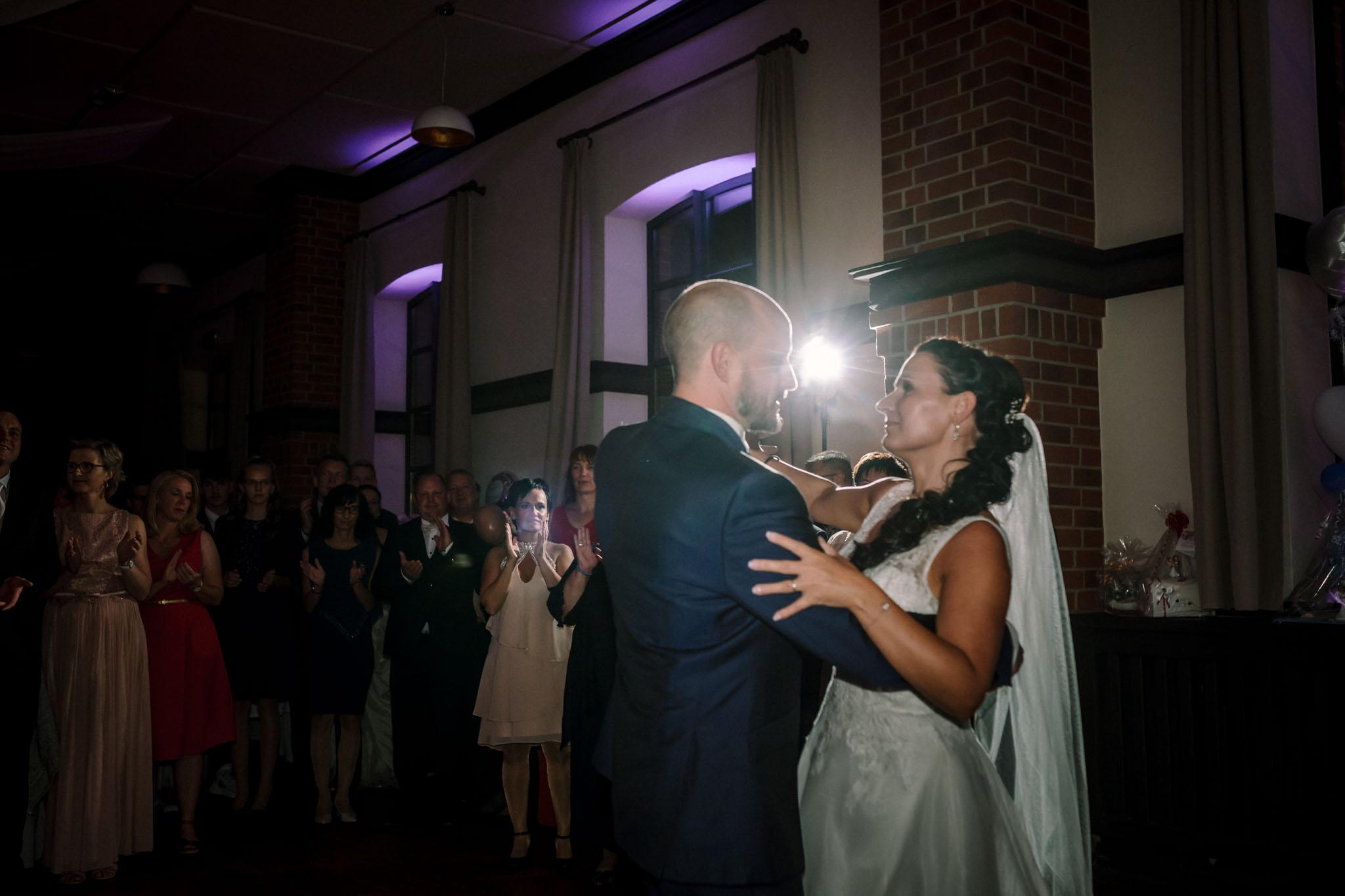 Hochzeitsfieber by Photo-Schomburg, Hochzeitsfotograf, Hamburg,Hochzeitstag, Hochzeitspaar, Braut, Bräutigam, Literaturhauscafe Zarrentin-104