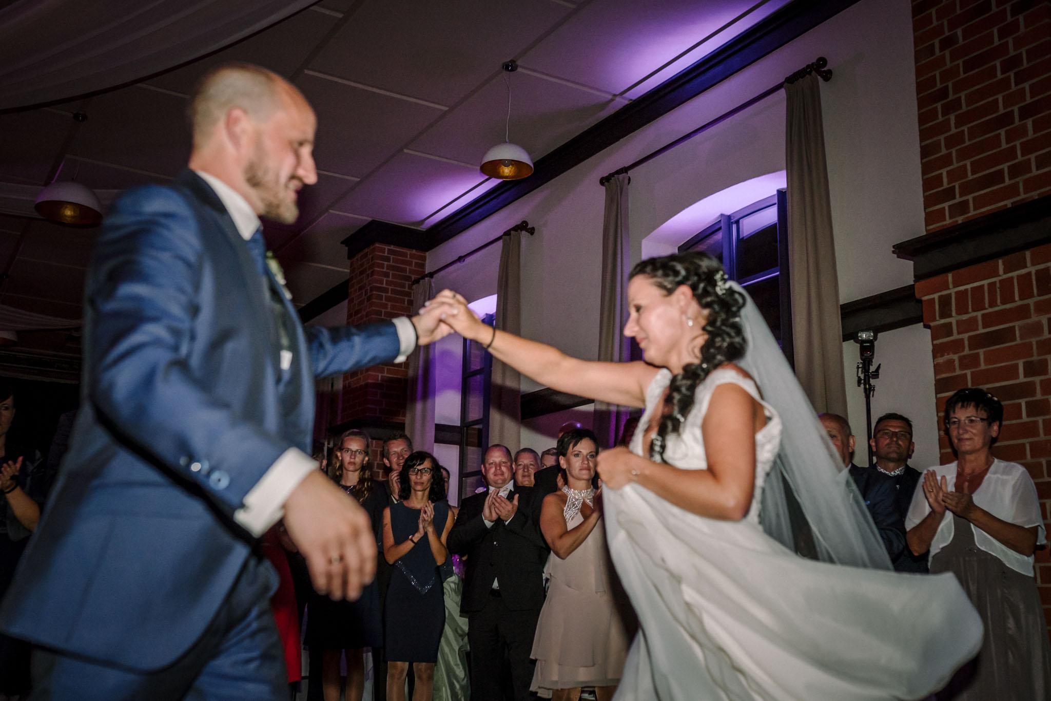 Hochzeitsfieber by Photo-Schomburg, Hochzeitsfotograf, Hamburg,Hochzeitstag, Hochzeitspaar, Braut, Bräutigam, Literaturhauscafe Zarrentin-105