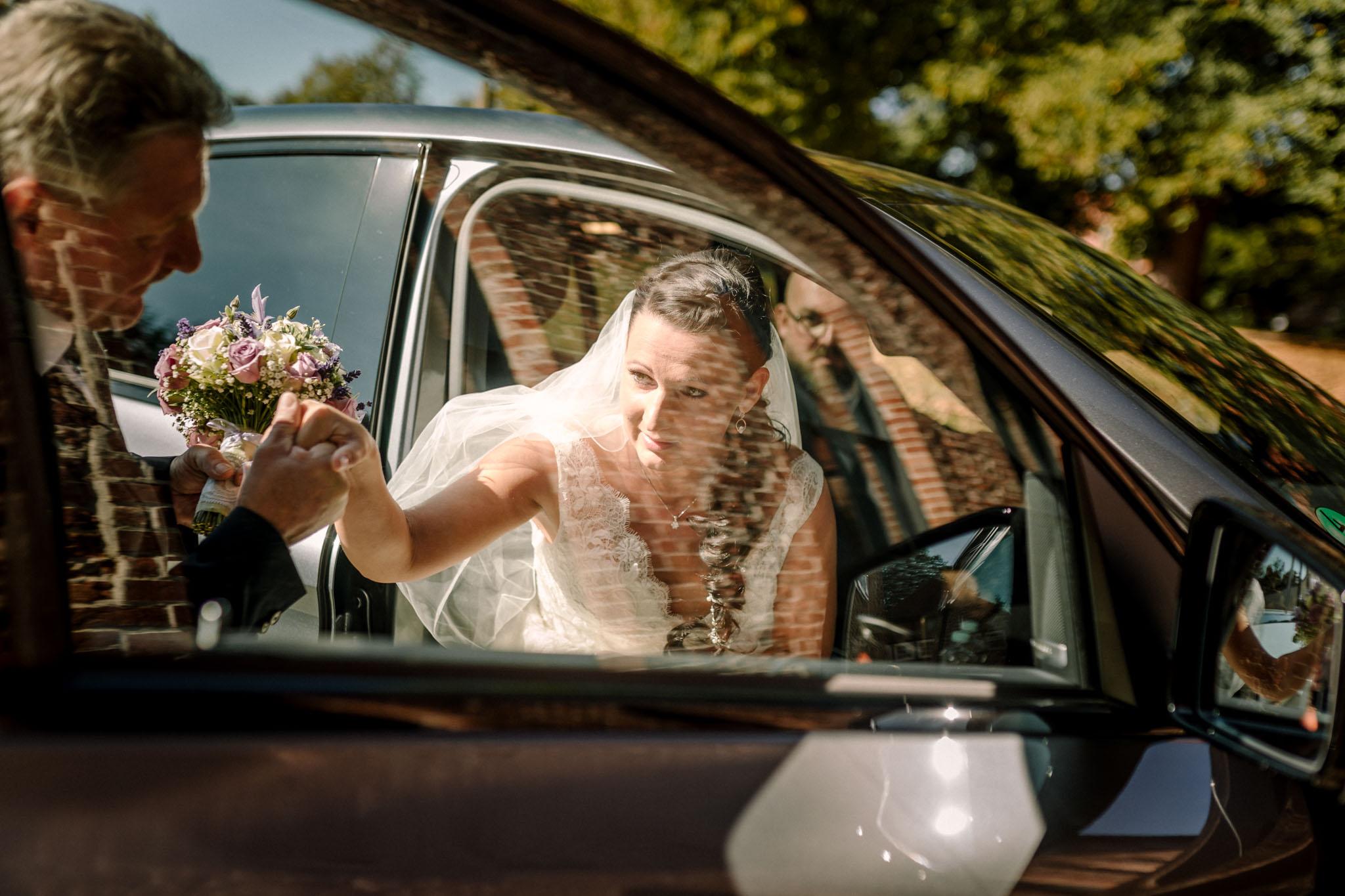 Hochzeitsfieber by Photo-Schomburg, Hochzeitsfotograf, Hamburg,Hochzeitstag, Hochzeitspaar, Braut, Bräutigam, Literaturhauscafe Zarrentin-14