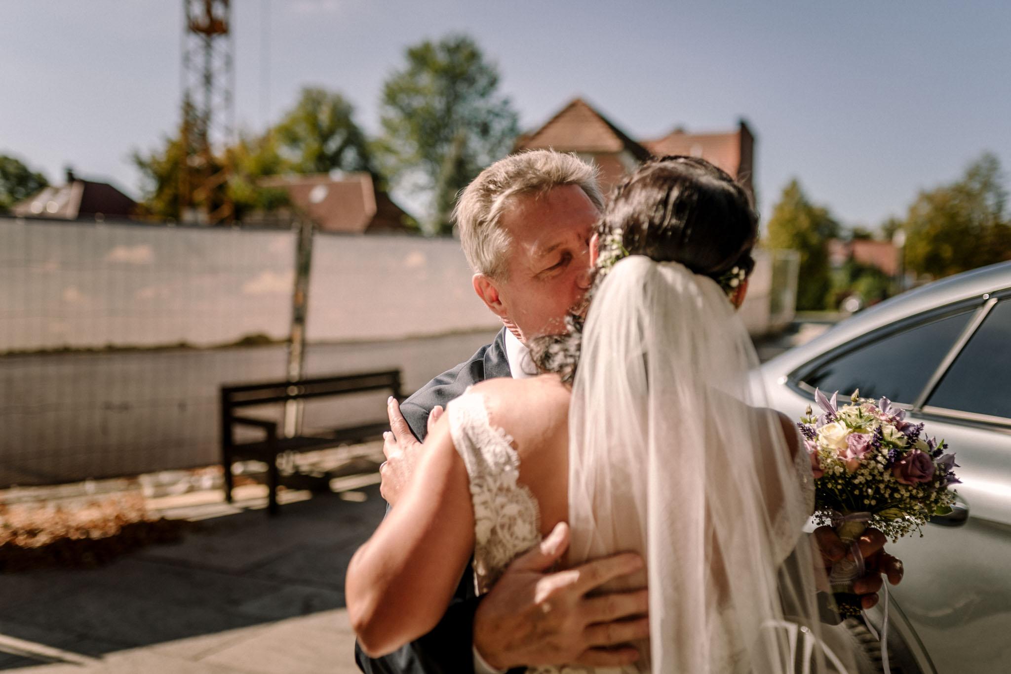 Hochzeitsfieber by Photo-Schomburg, Hochzeitsfotograf, Hamburg,Hochzeitstag, Hochzeitspaar, Braut, Bräutigam, Literaturhauscafe Zarrentin-15