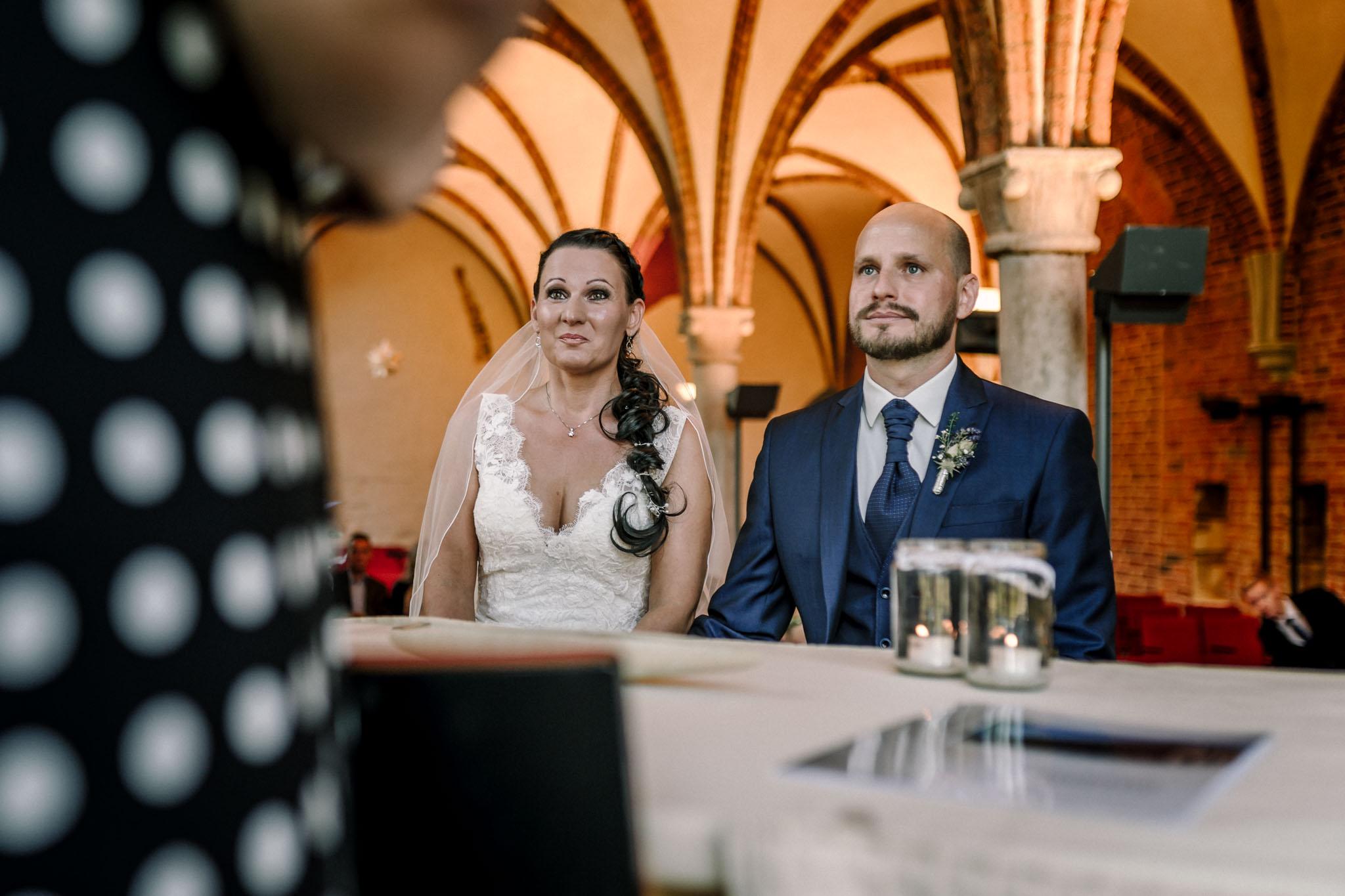 Hochzeitsfieber by Photo-Schomburg, Hochzeitsfotograf, Hamburg,Hochzeitstag, Hochzeitspaar, Braut, Bräutigam, Literaturhauscafe Zarrentin-23