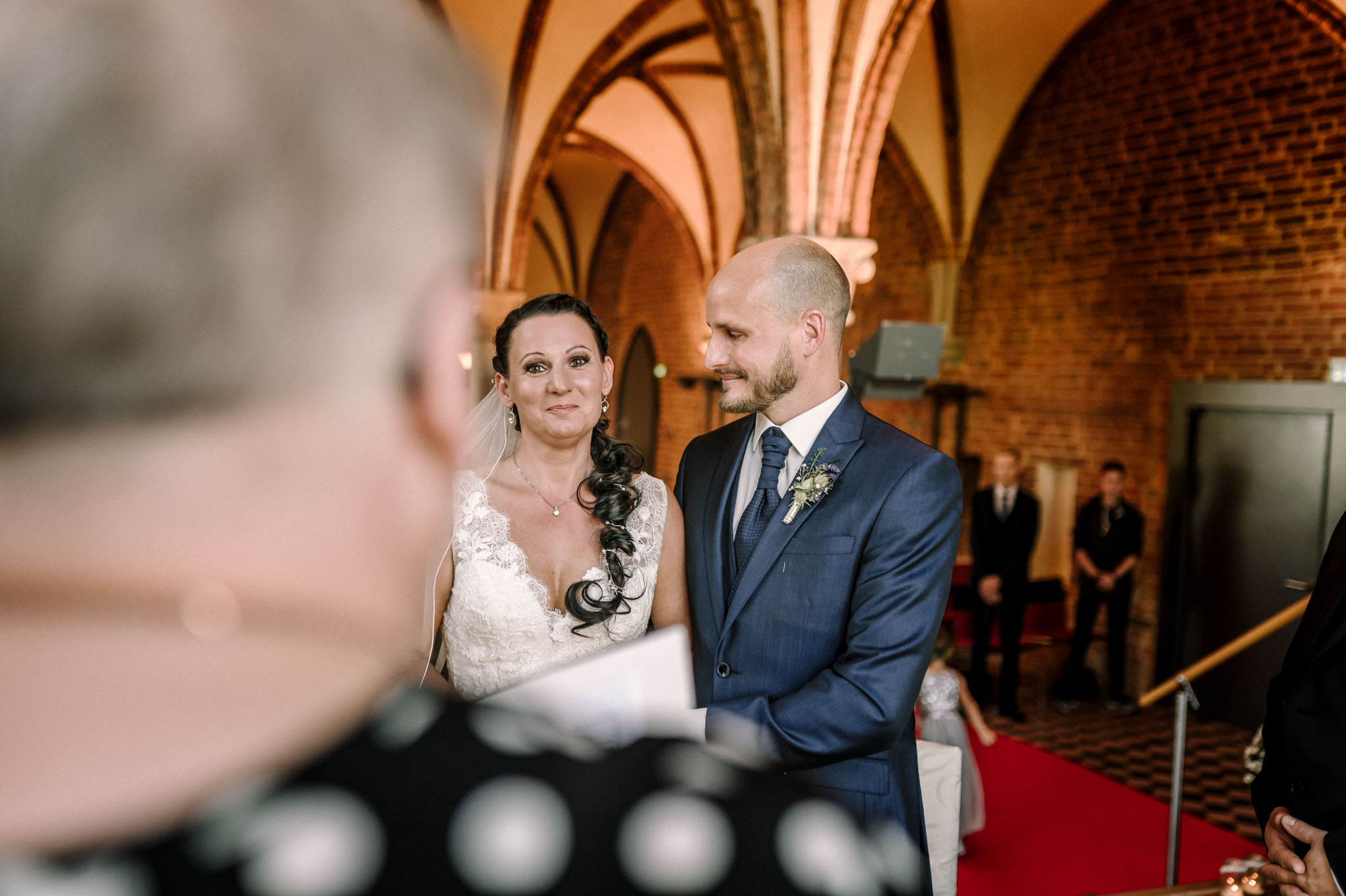 Hochzeitsfieber by Photo-Schomburg, Hochzeitsfotograf, Hamburg,Hochzeitstag, Hochzeitspaar, Braut, Bräutigam, Literaturhauscafe Zarrentin-34