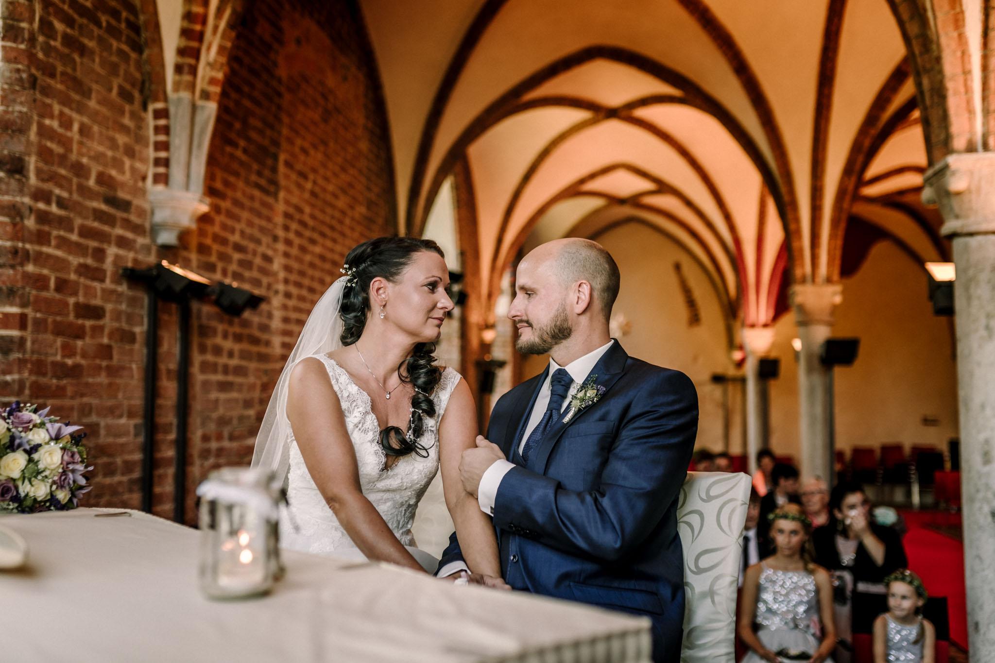 Hochzeitsfieber by Photo-Schomburg, Hochzeitsfotograf, Hamburg,Hochzeitstag, Hochzeitspaar, Braut, Bräutigam, Literaturhauscafe Zarrentin-39