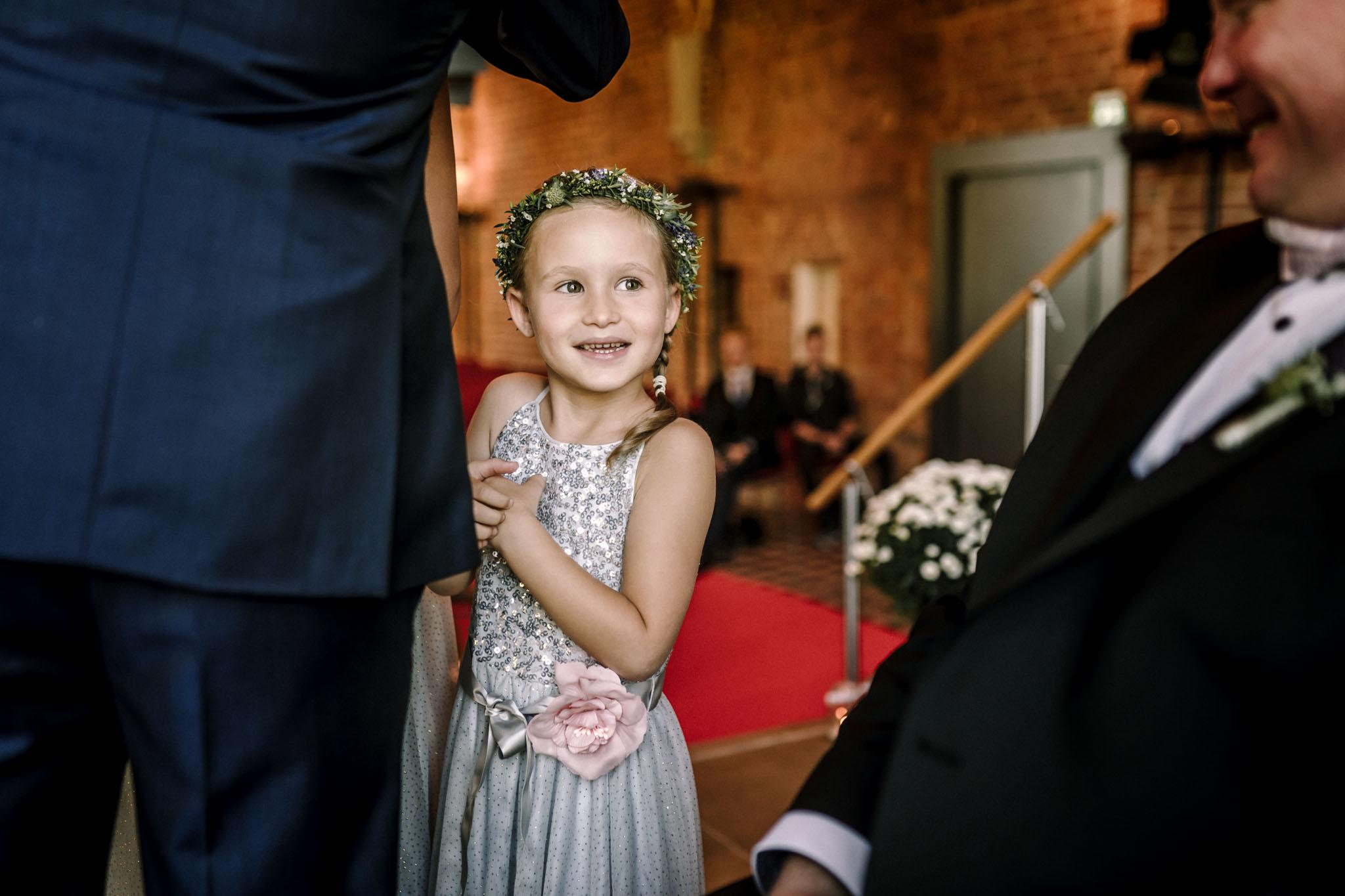 Hochzeitsfieber by Photo-Schomburg, Hochzeitsfotograf, Hamburg,Hochzeitstag, Hochzeitspaar, Braut, Bräutigam, Literaturhauscafe Zarrentin-46