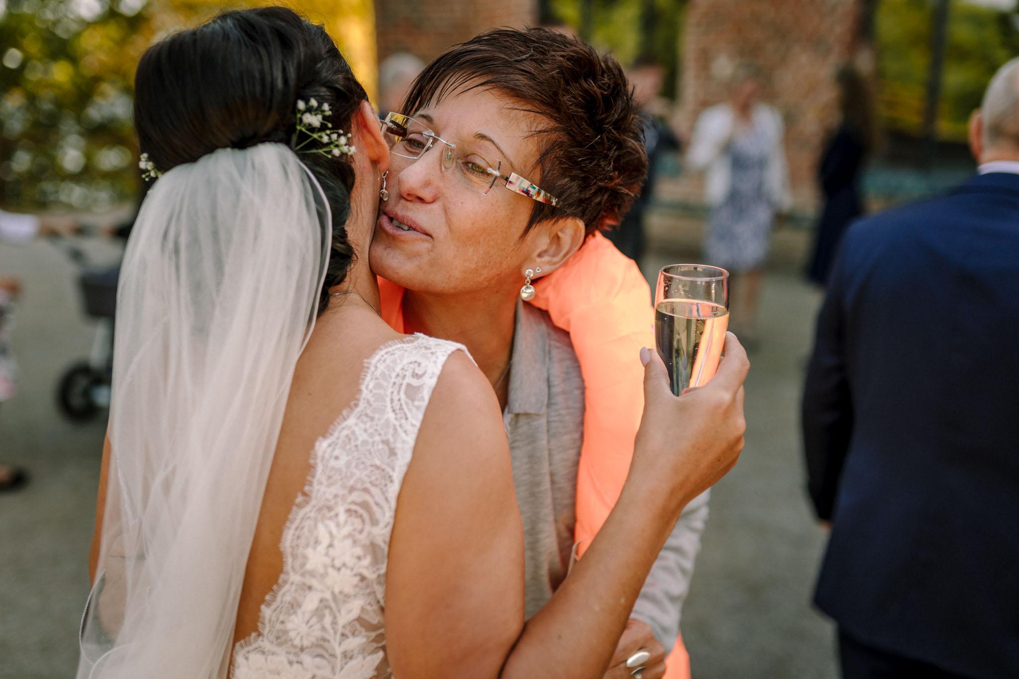 Hochzeitsfieber by Photo-Schomburg, Hochzeitsfotograf, Hamburg,Hochzeitstag, Hochzeitspaar, Braut, Bräutigam, Literaturhauscafe Zarrentin-57
