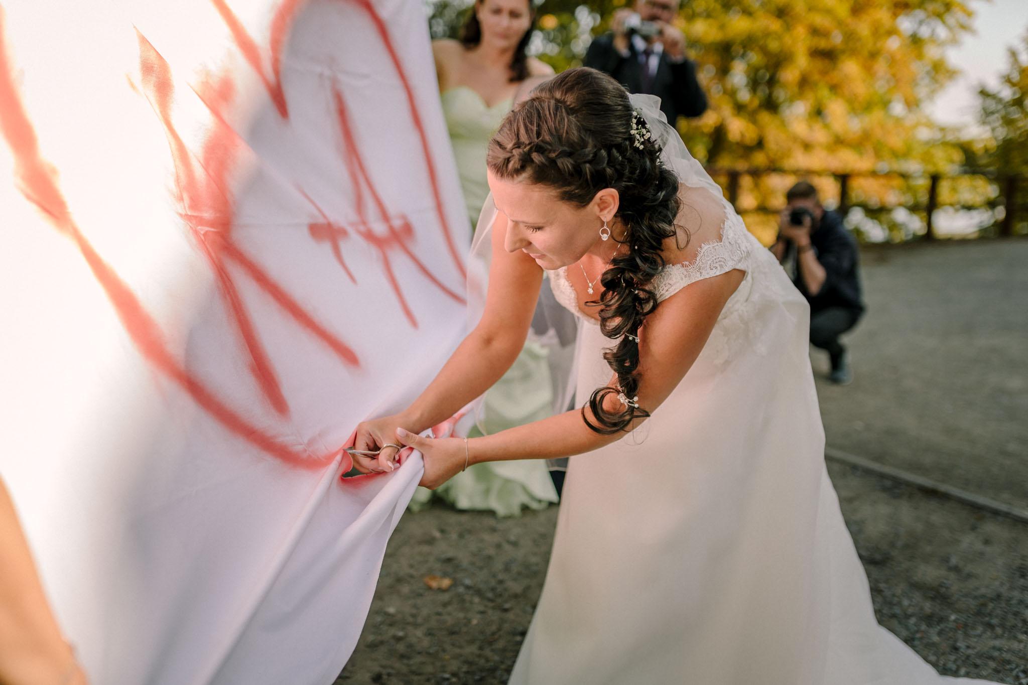 Hochzeitsfieber by Photo-Schomburg, Hochzeitsfotograf, Hamburg,Hochzeitstag, Hochzeitspaar, Braut, Bräutigam, Literaturhauscafe Zarrentin-61